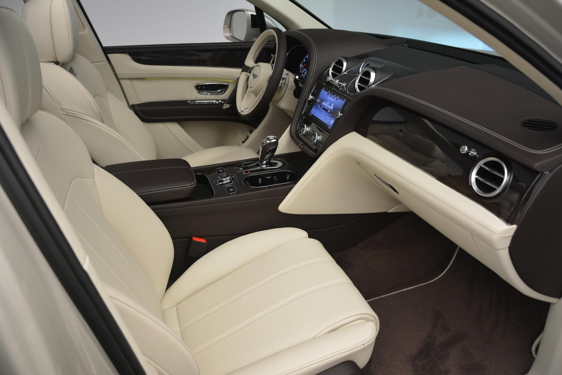 New 2019 Bentley Bentayga V8 For Sale In Westport, CT 2538_p25