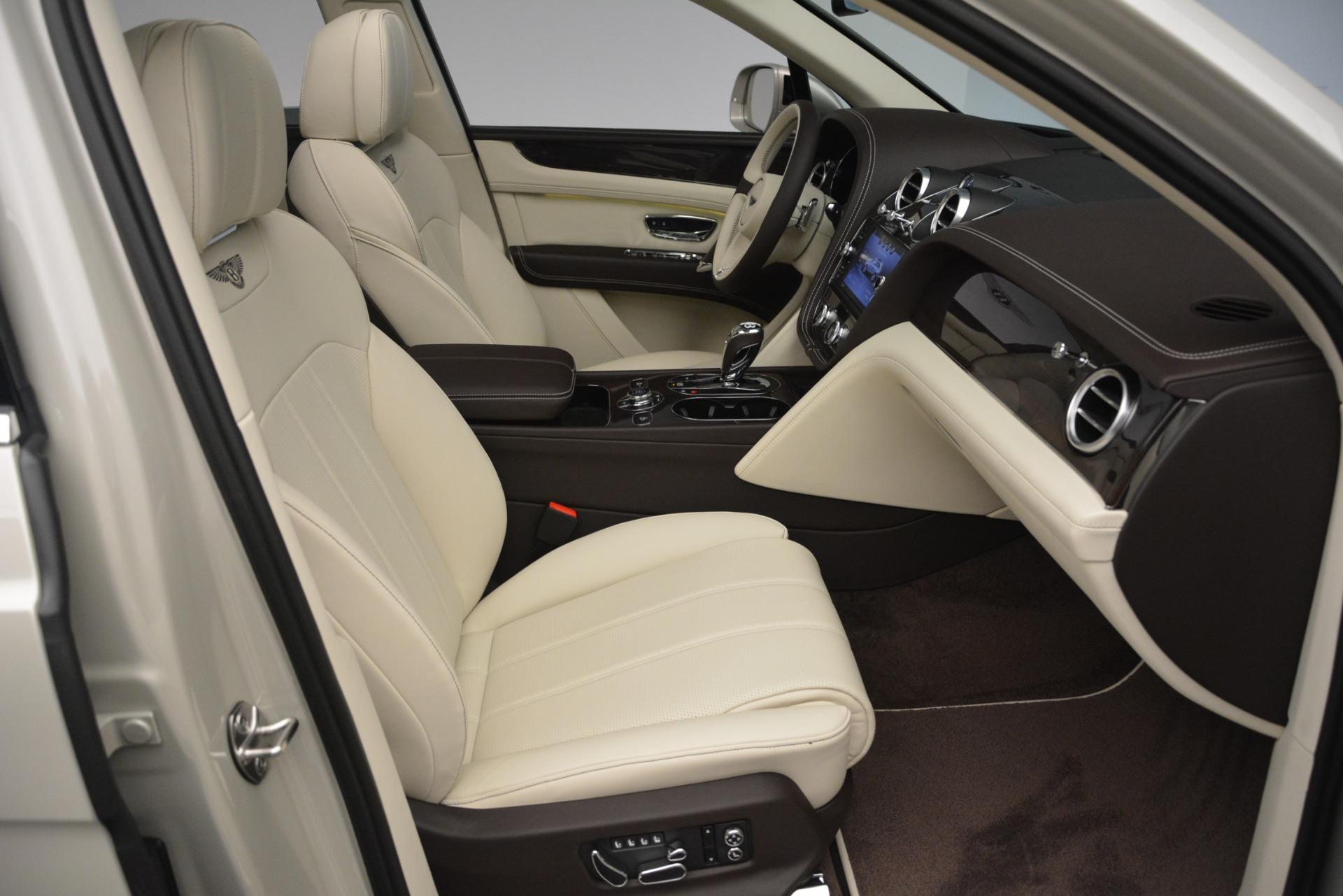 New 2019 Bentley Bentayga V8 For Sale In Westport, CT 2538_p26