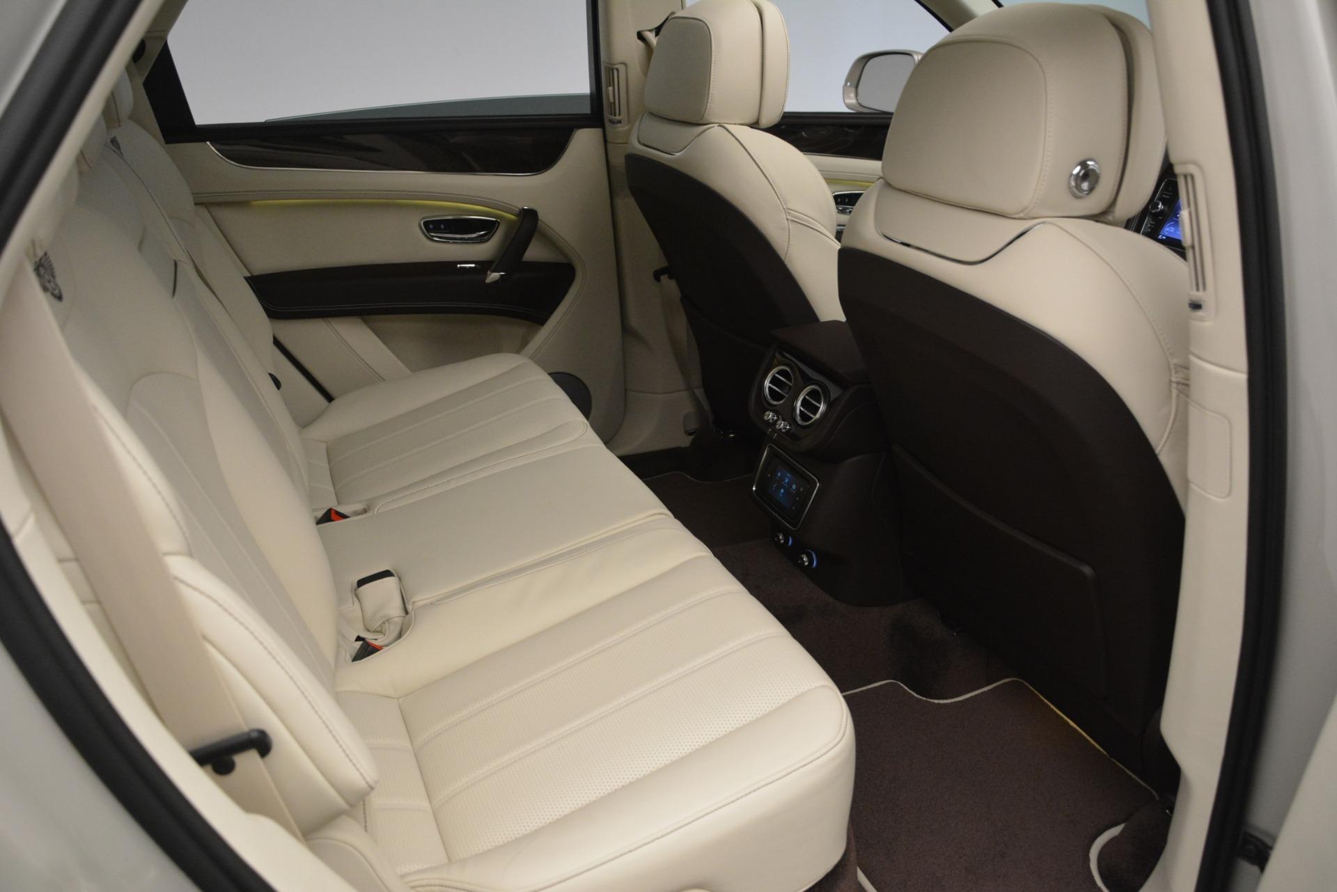 New 2019 Bentley Bentayga V8 For Sale In Westport, CT 2538_p28