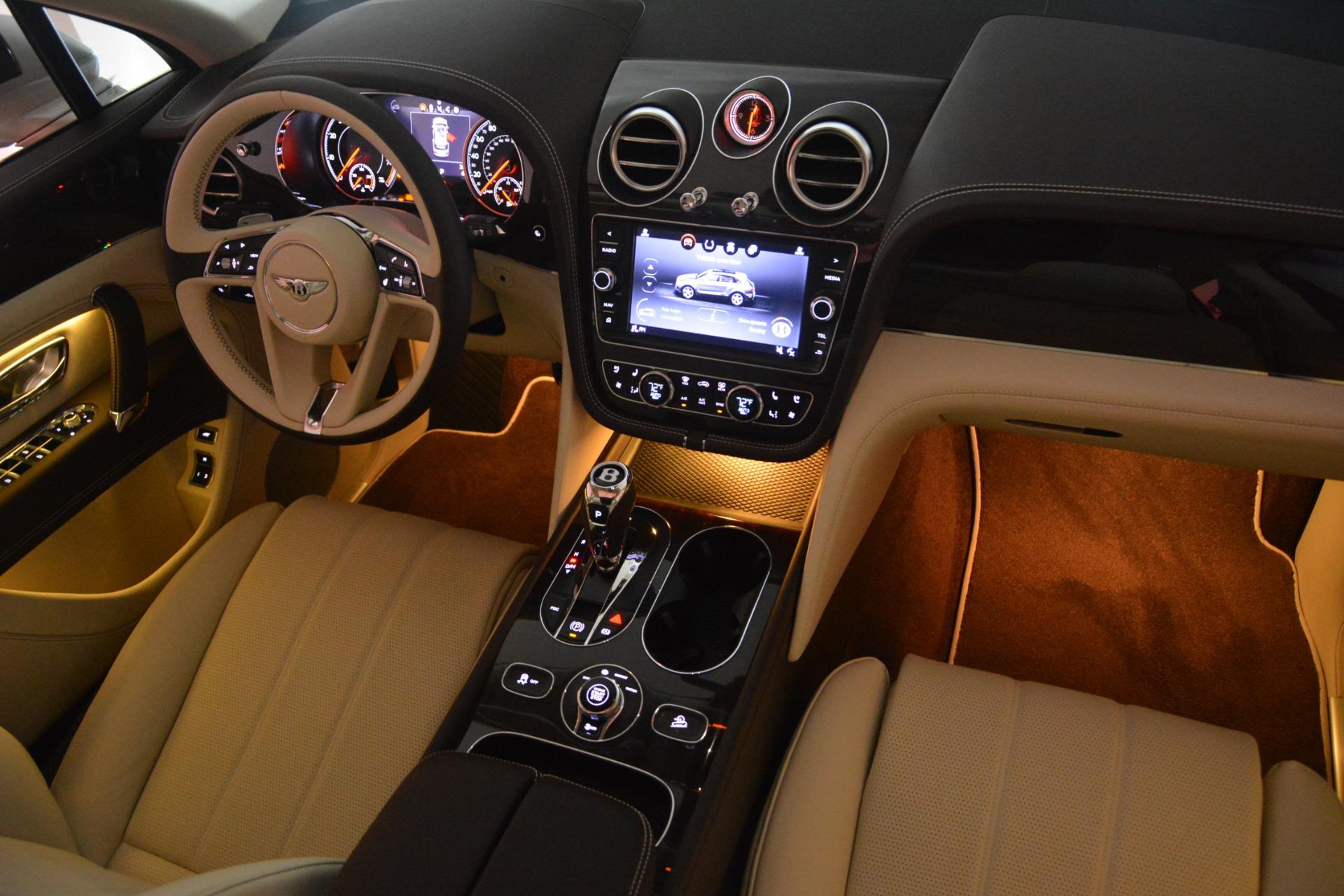 New 2019 Bentley Bentayga V8 For Sale In Westport, CT 2538_p31