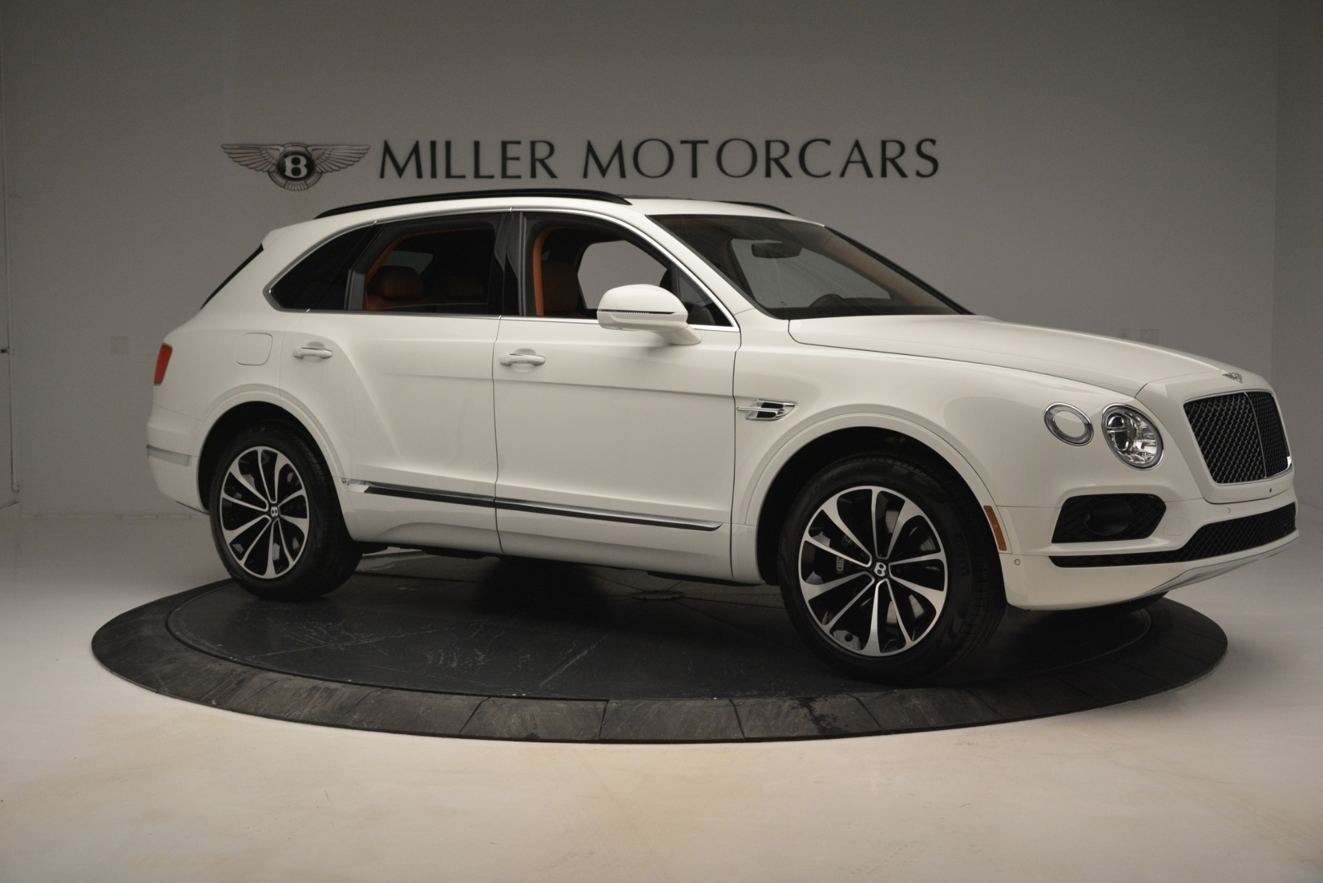 New 2019 Bentley Bentayga V8 For Sale In Westport, CT 2539_p11