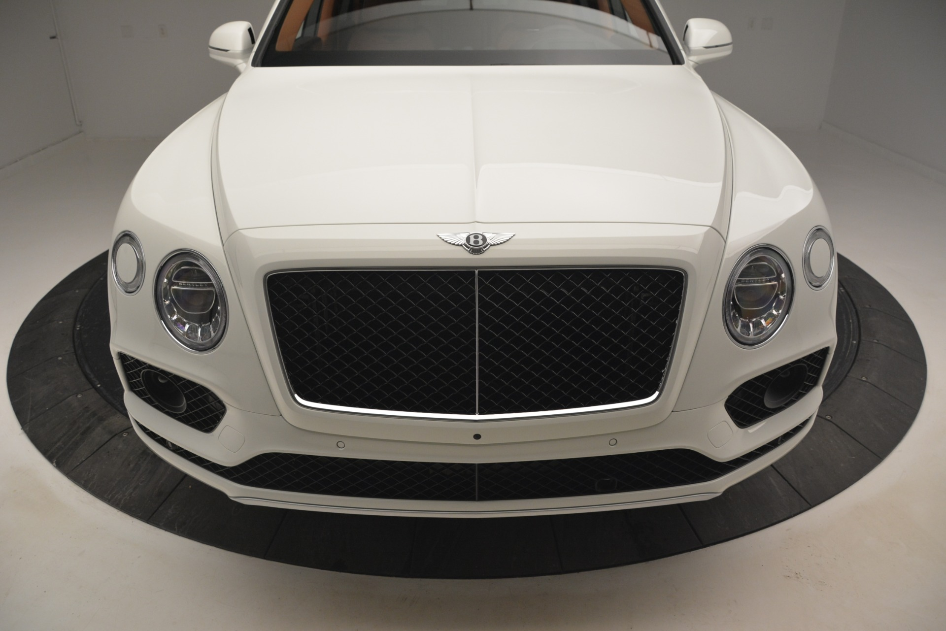 New 2019 Bentley Bentayga V8 For Sale In Westport, CT 2539_p14