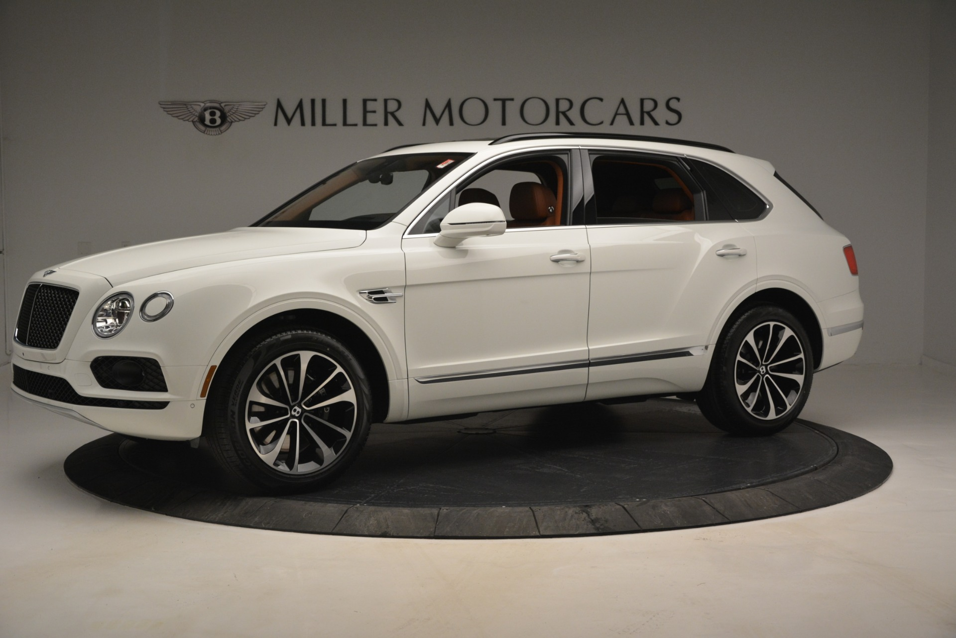New 2019 Bentley Bentayga V8 For Sale In Westport, CT 2539_p2