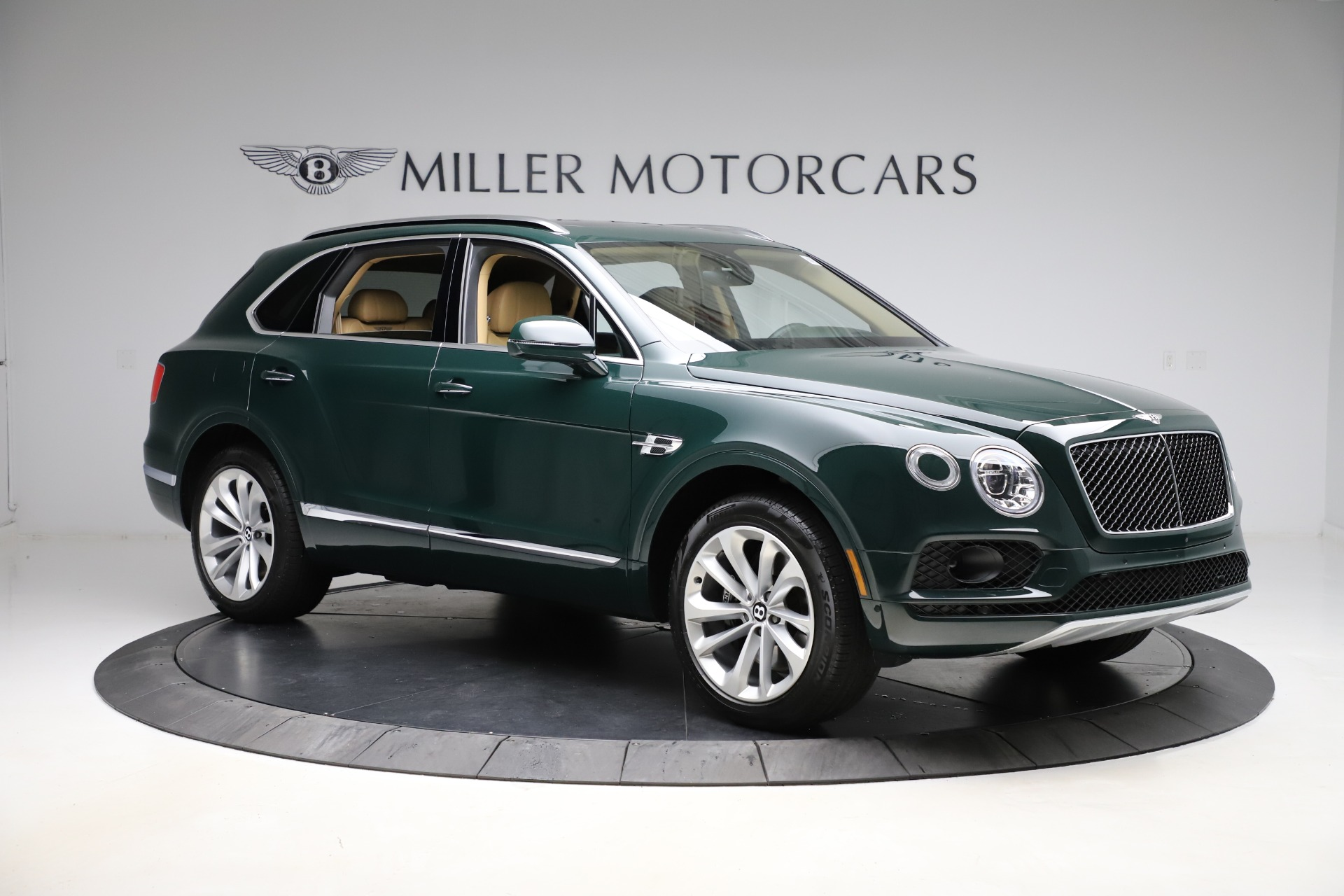 New 2019 Bentley Bentayga V8 For Sale In Westport, CT 2541_p11
