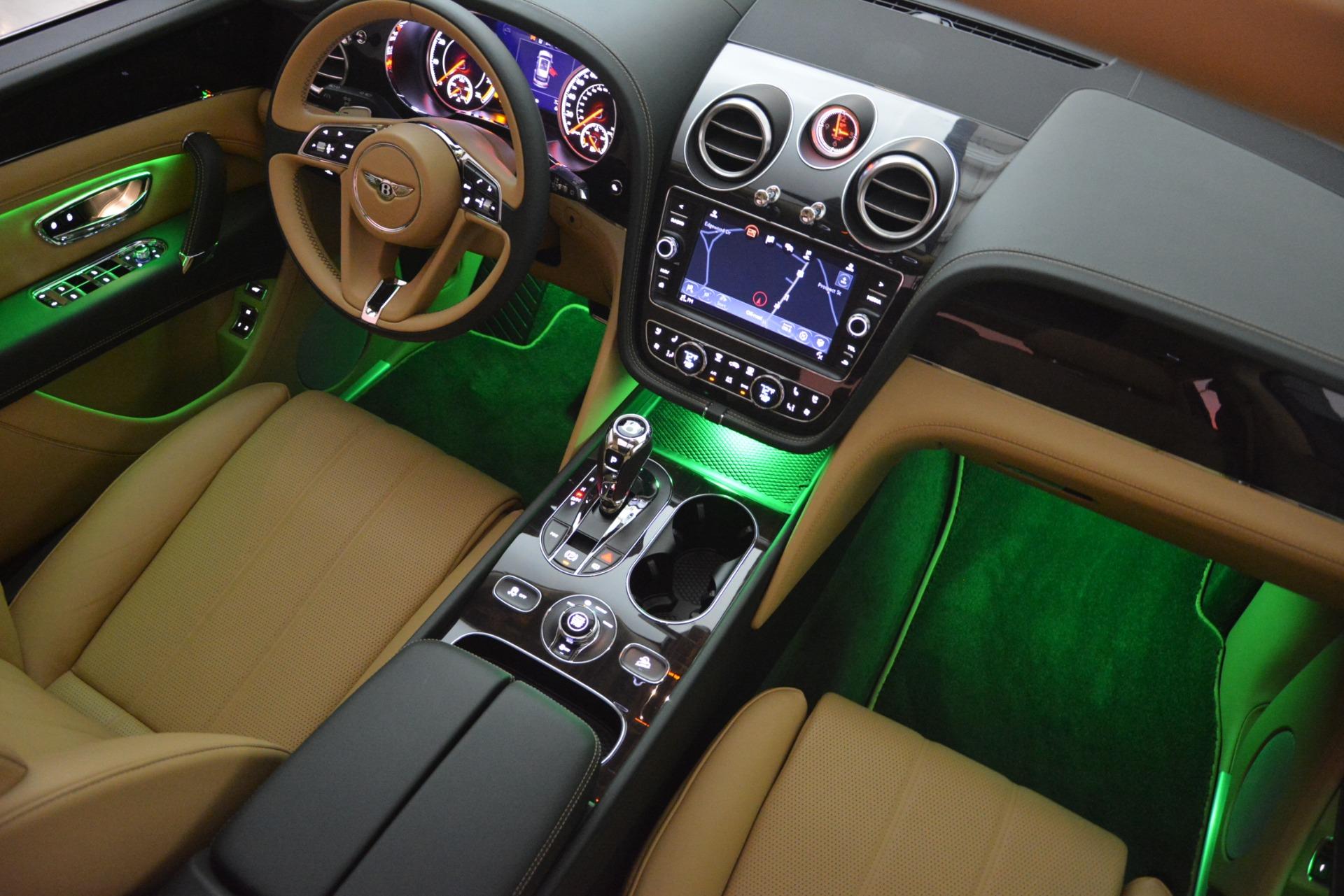 New 2019 Bentley Bentayga V8 For Sale In Westport, CT 2541_p31