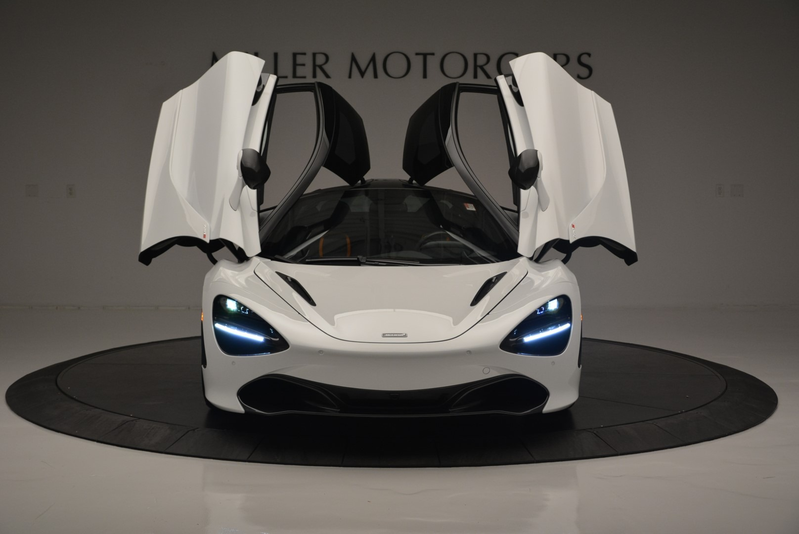 Used 2019 McLaren 720S Coupe For Sale In Westport, CT 2543_p13