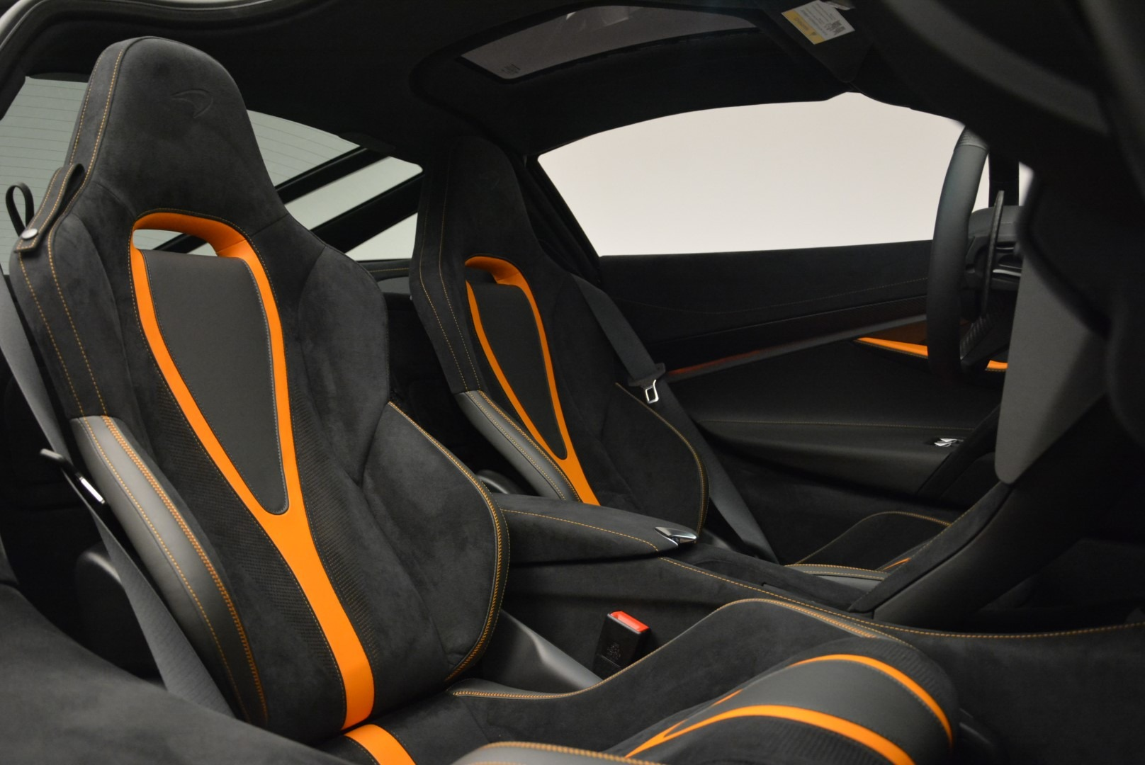 Used 2019 McLaren 720S Coupe For Sale In Westport, CT 2543_p19