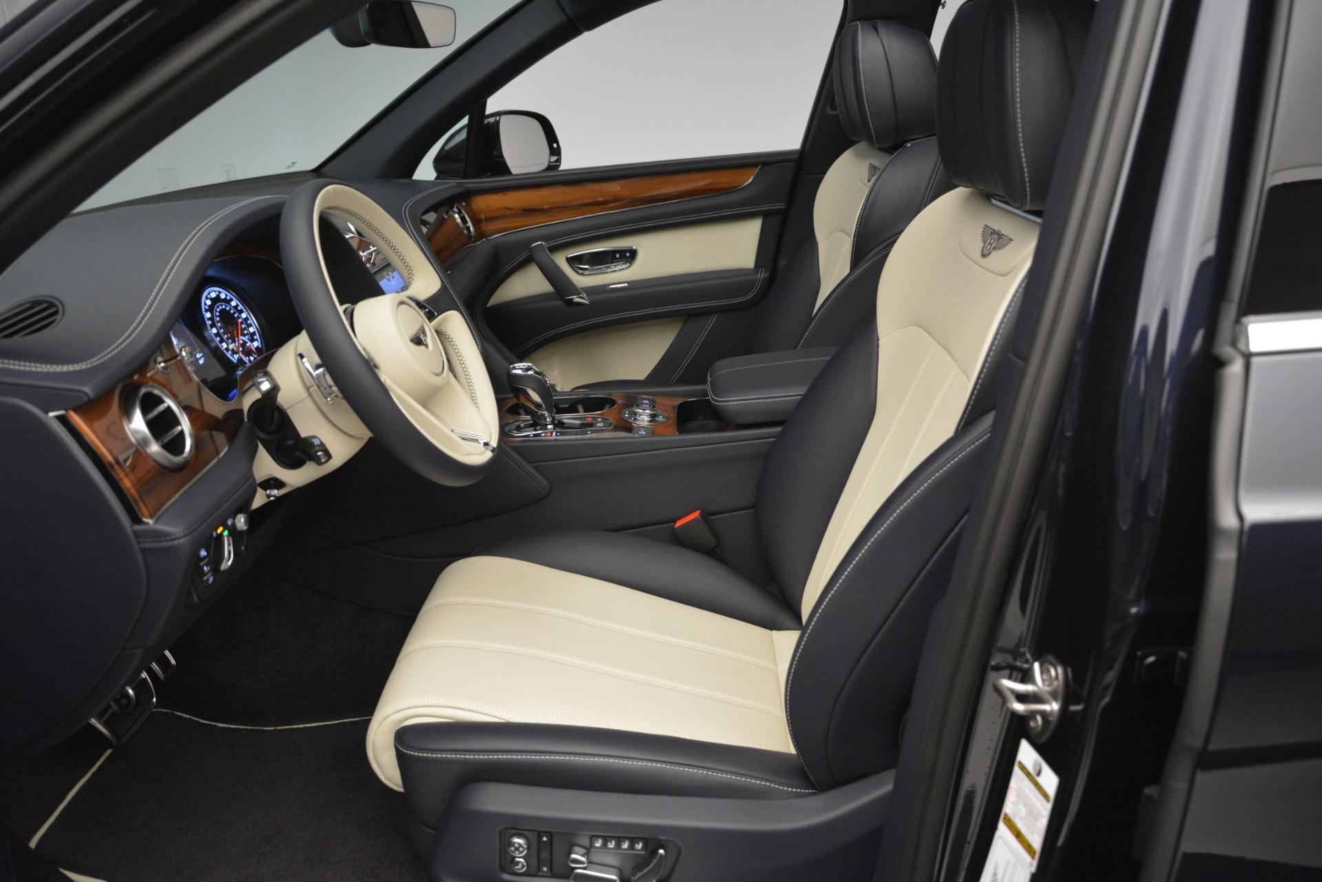 New 2019 Bentley Bentayga V8 For Sale In Westport, CT 2546_p18