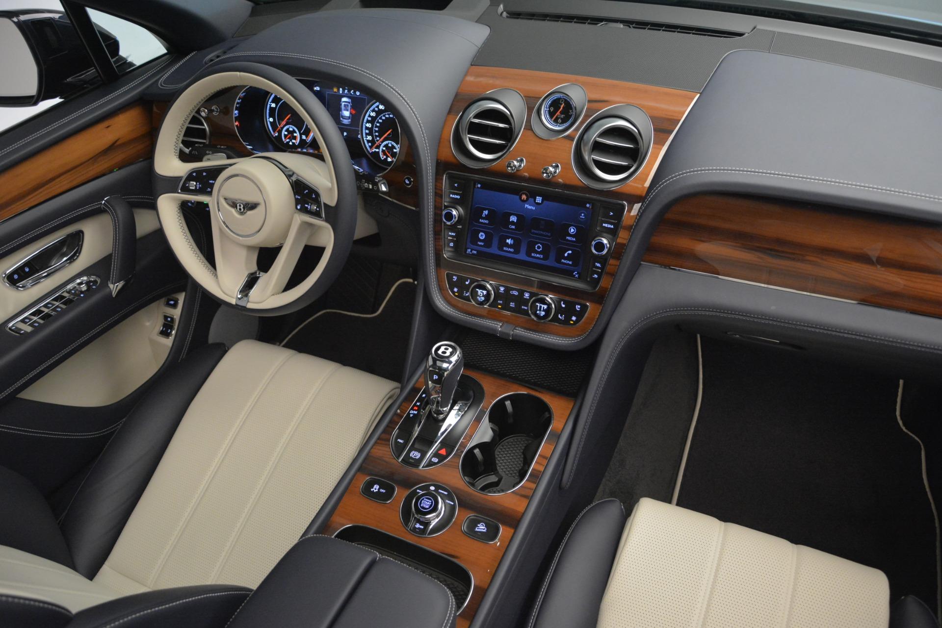 New 2019 Bentley Bentayga V8 For Sale In Westport, CT 2546_p31