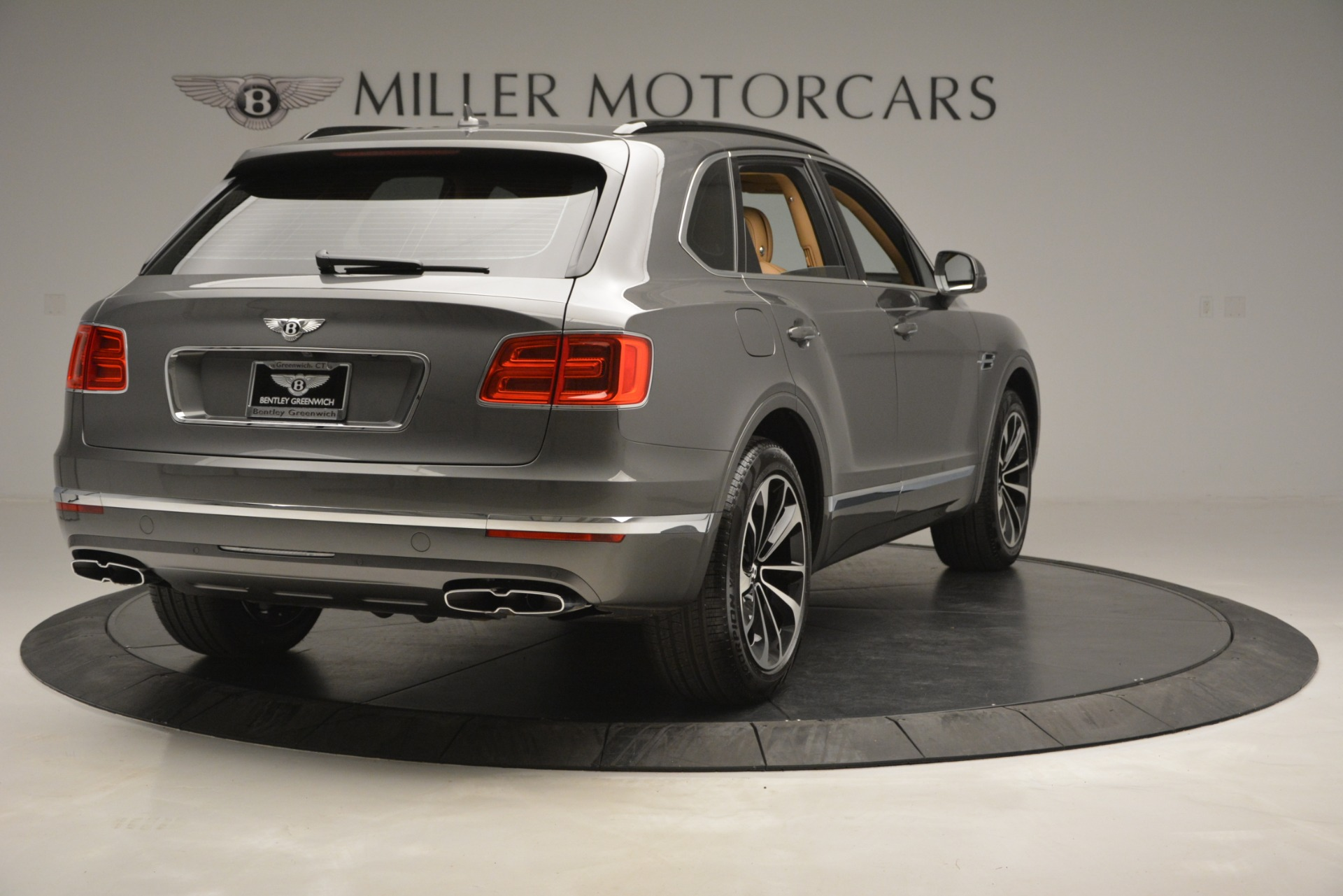 New 2019 Bentley Bentayga V8 For Sale In Westport, CT 2547_p7