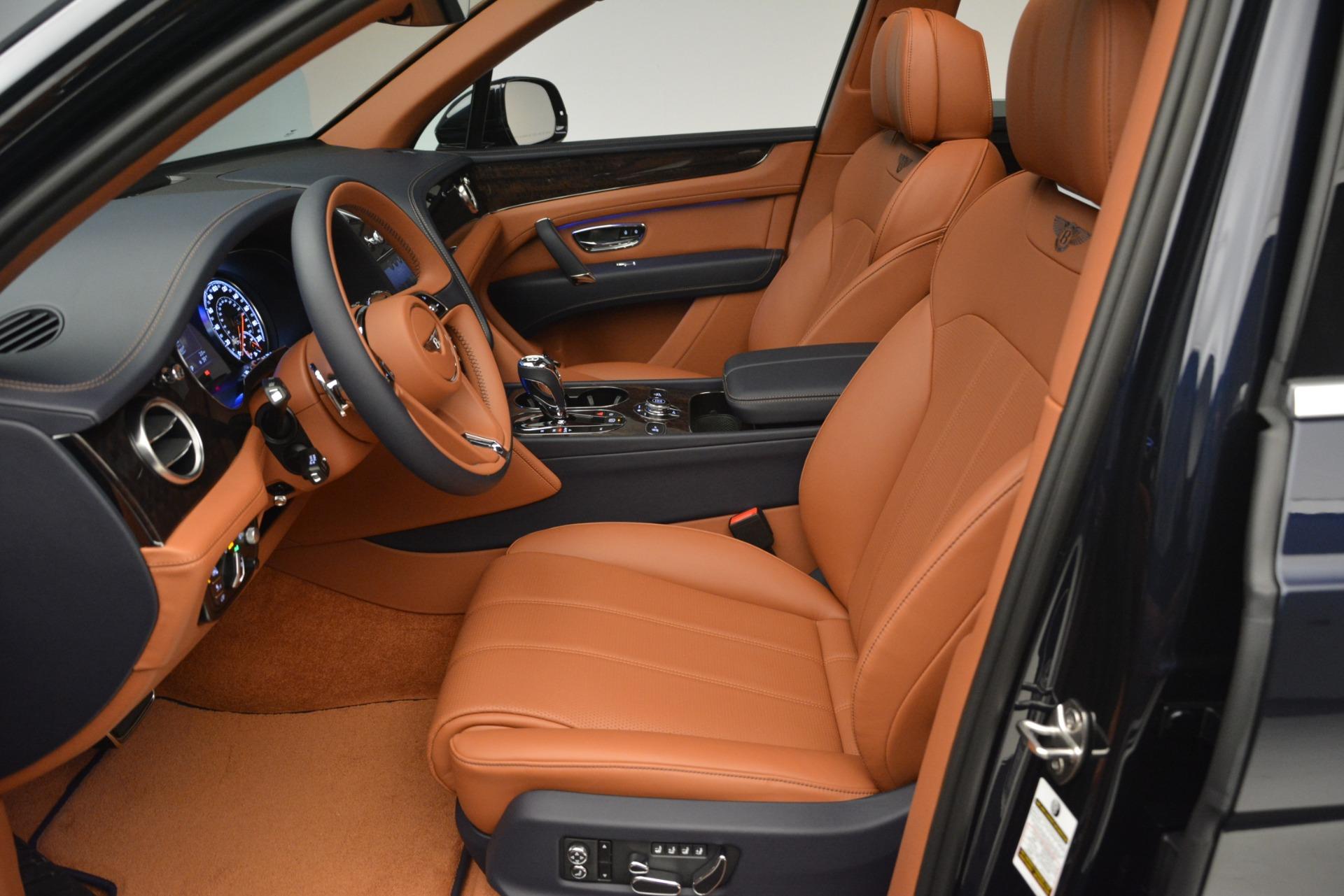 New 2019 Bentley Bentayga V8 For Sale In Westport, CT 2548_p18