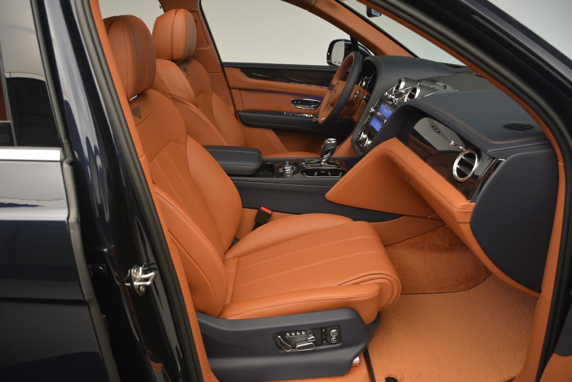 New 2019 Bentley Bentayga V8 For Sale In Westport, CT 2548_p26