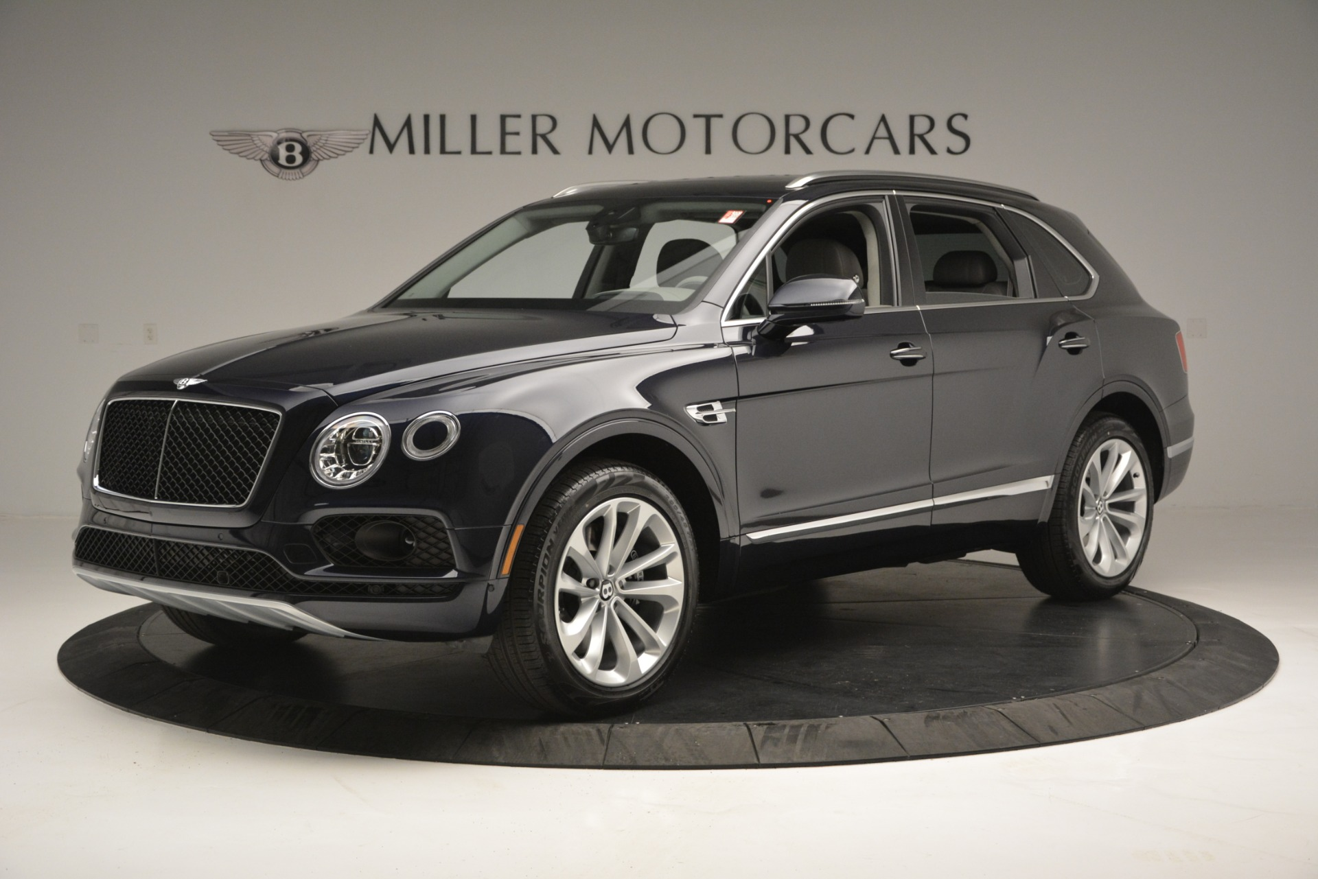 New 2019 Bentley Bentayga V8 For Sale In Westport, CT 2549_p2