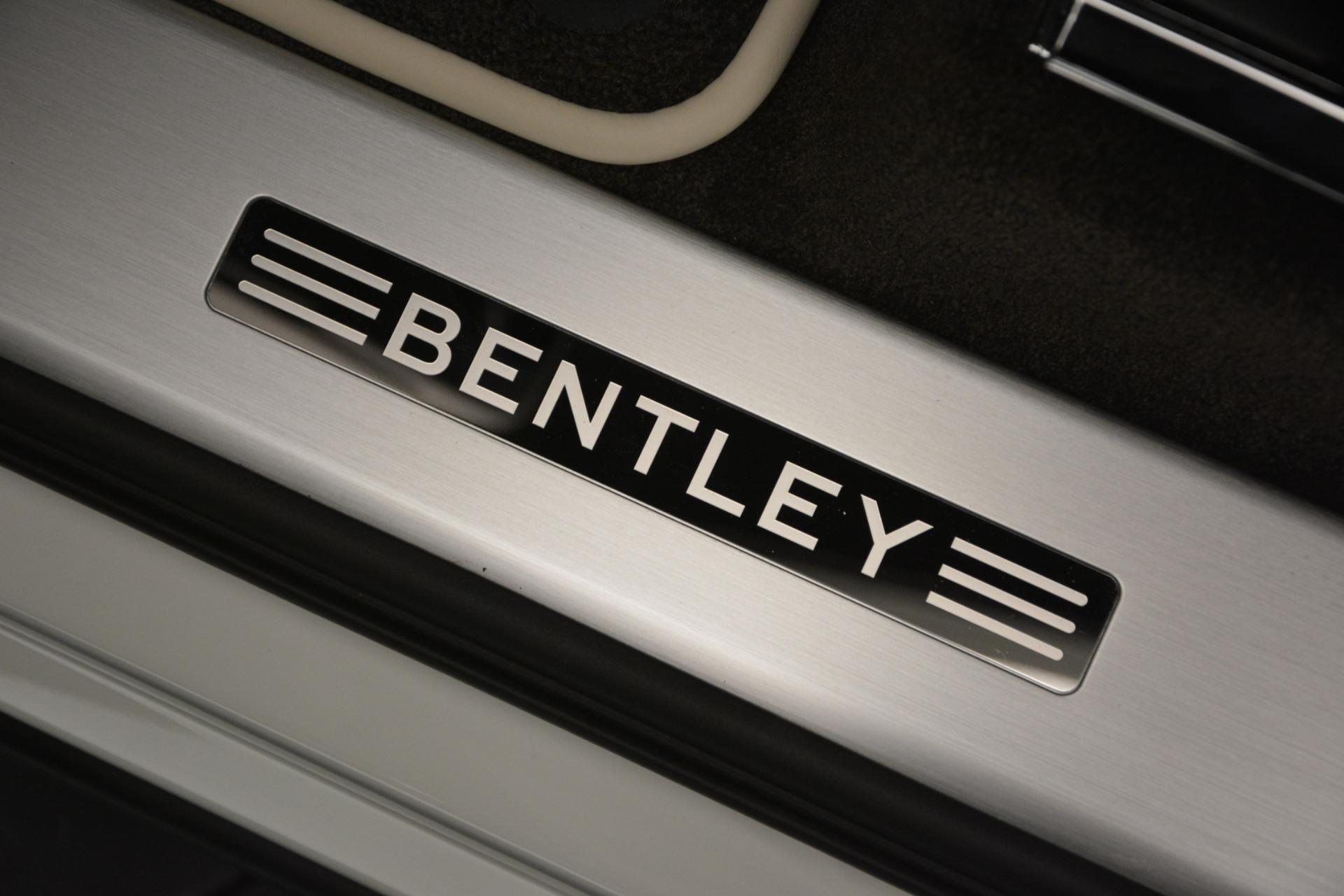 New 2019 Bentley Bentayga V8 For Sale In Westport, CT 2550_p17