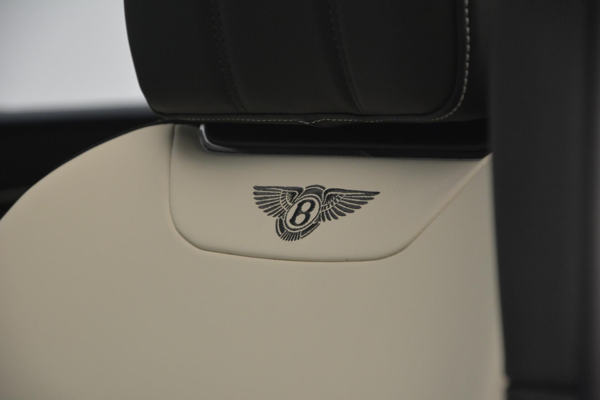 New 2019 Bentley Bentayga V8 For Sale In Westport, CT 2550_p21