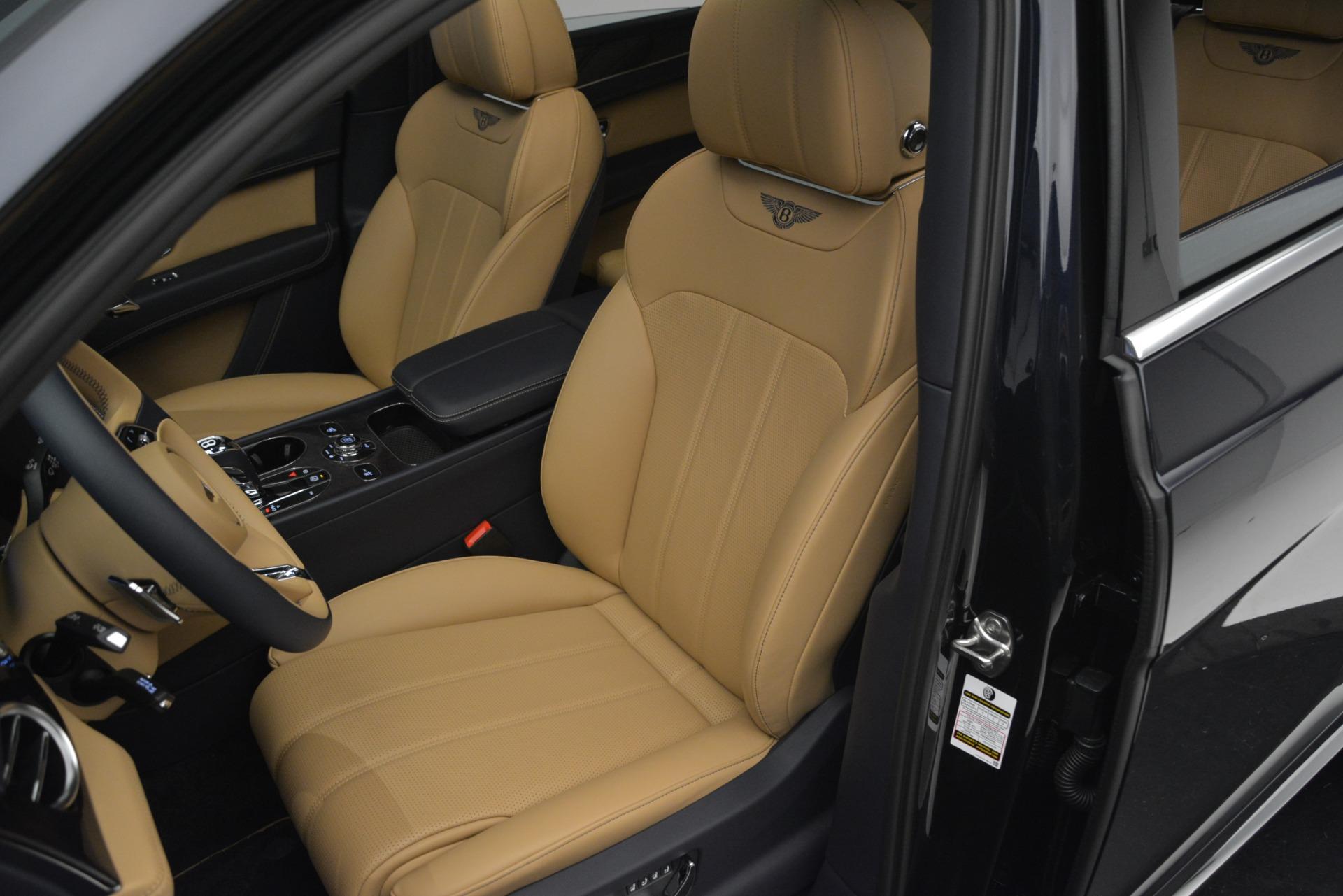 New 2019 Bentley Bentayga V8 For Sale In Westport, CT 2551_p19