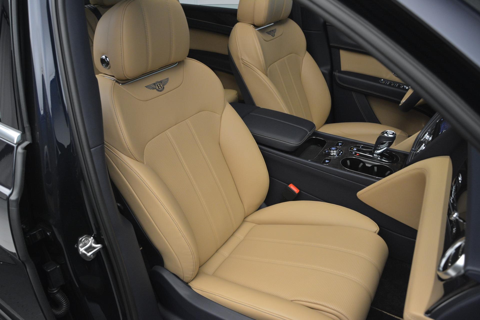New 2019 Bentley Bentayga V8 For Sale In Westport, CT 2551_p29