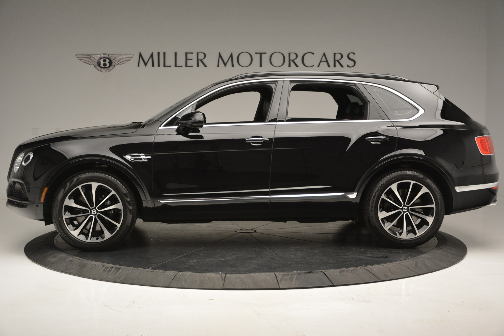 New 2019 Bentley Bentayga V8 For Sale In Westport, CT 2552_p3
