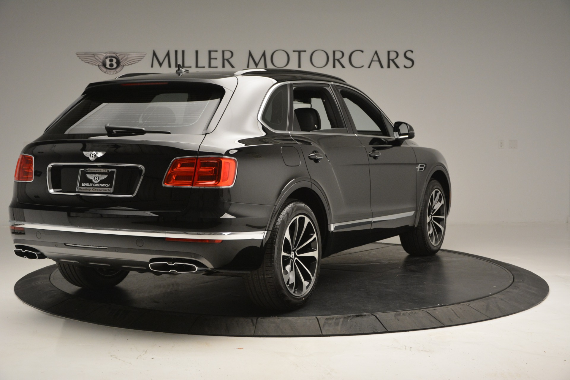 New 2019 Bentley Bentayga V8 For Sale In Westport, CT 2552_p7