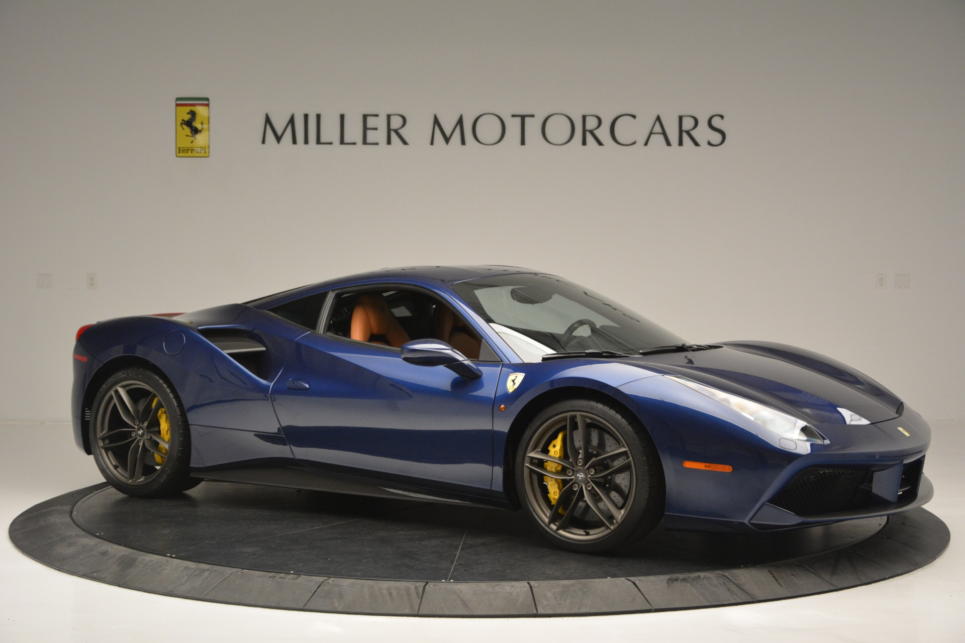 Used 2018 Ferrari 488 GTB  For Sale In Westport, CT 2560_p10