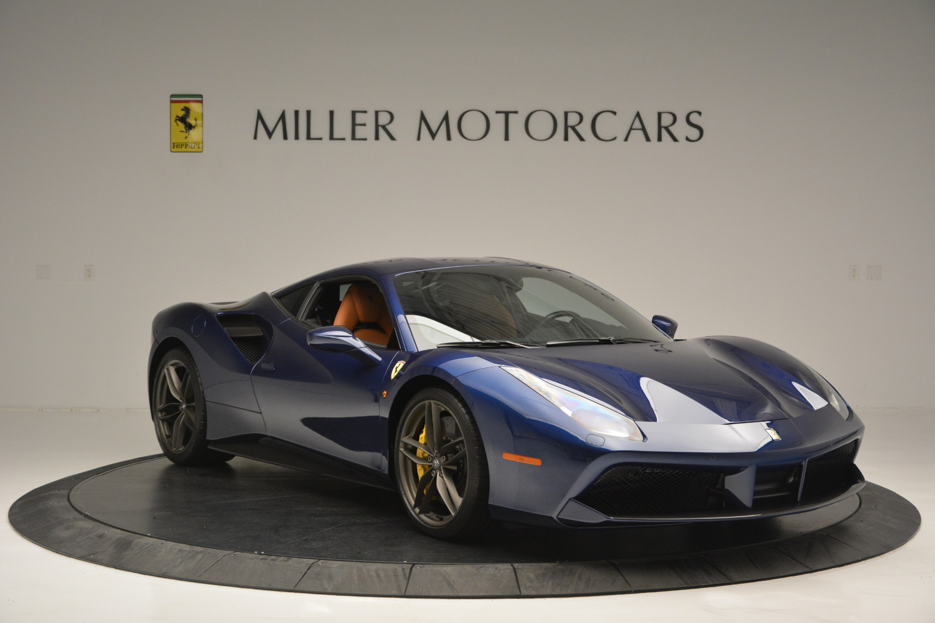 Used 2018 Ferrari 488 GTB  For Sale In Westport, CT 2560_p11