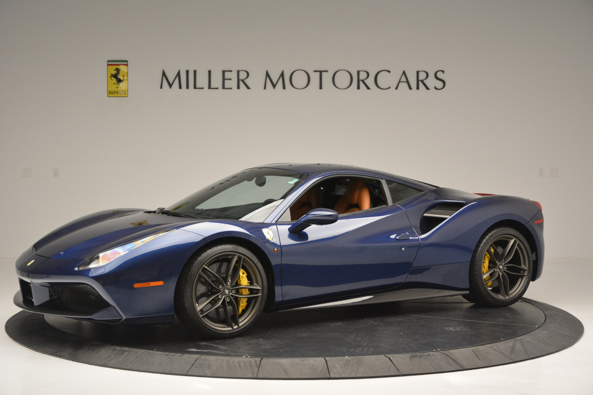 Used 2018 Ferrari 488 GTB  For Sale In Westport, CT 2560_p2