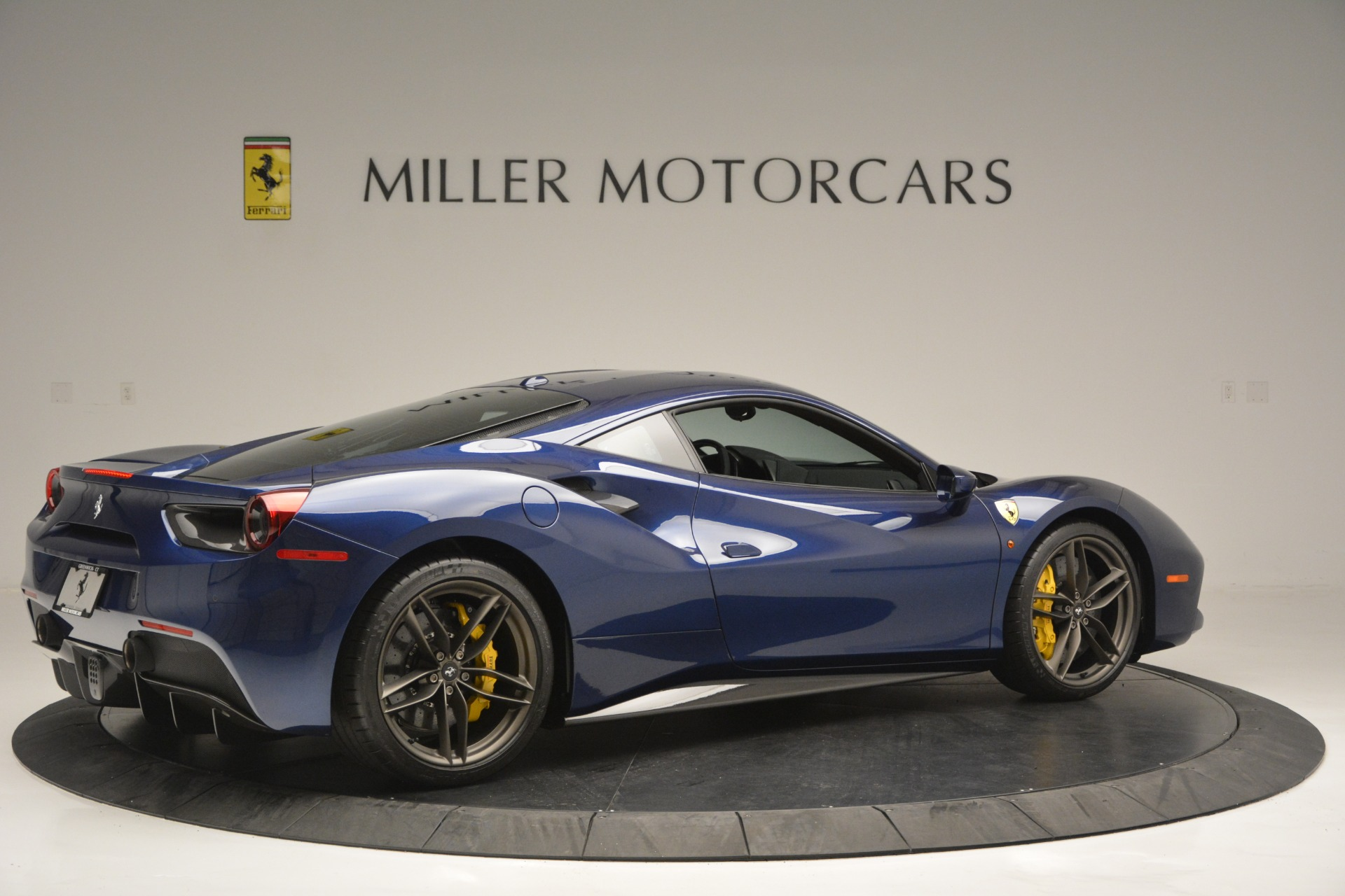 Used 2018 Ferrari 488 GTB  For Sale In Westport, CT 2560_p8