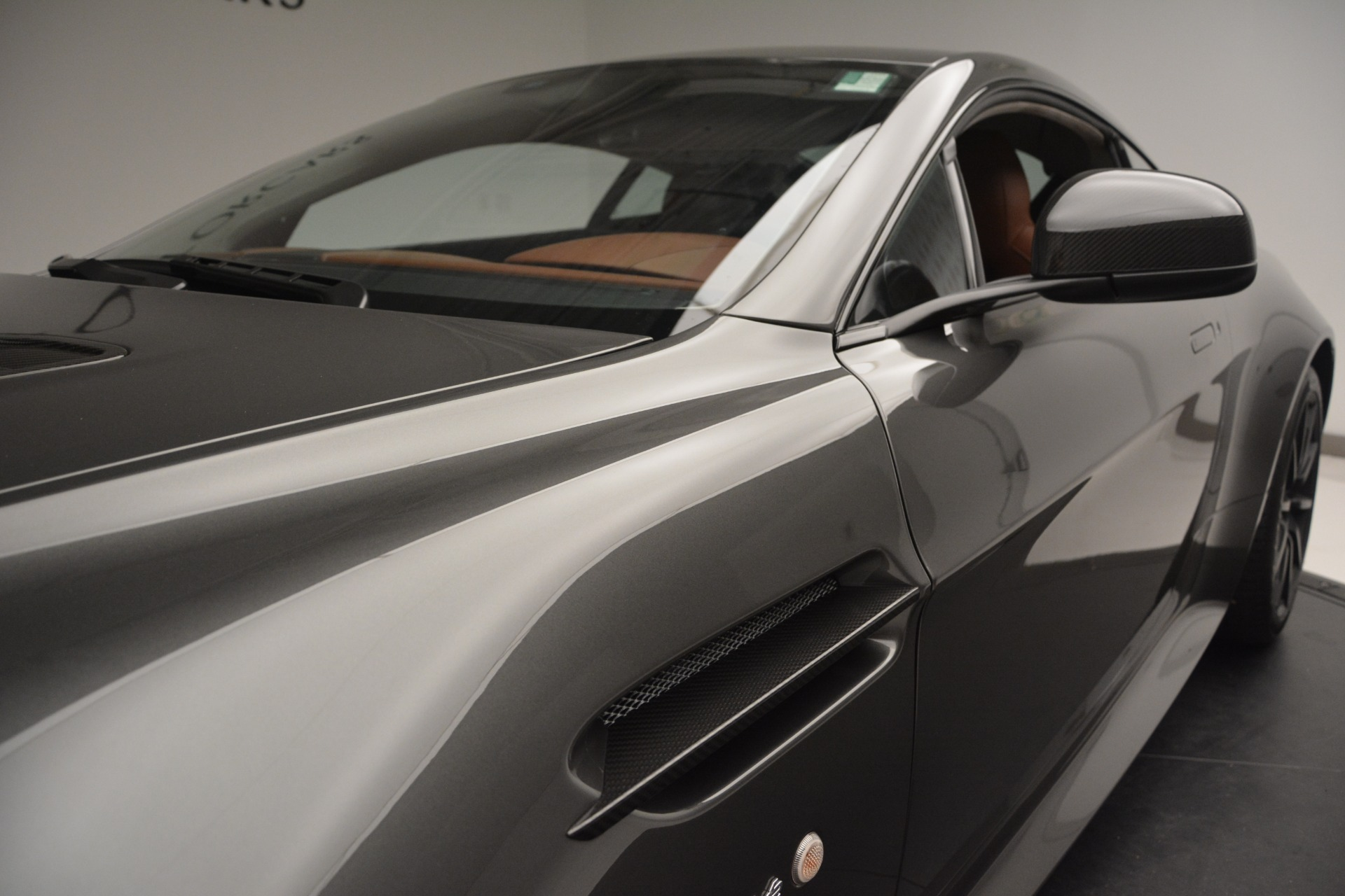 Used 2017 Aston Martin V12 Vantage S  For Sale In Westport, CT 2561_p13