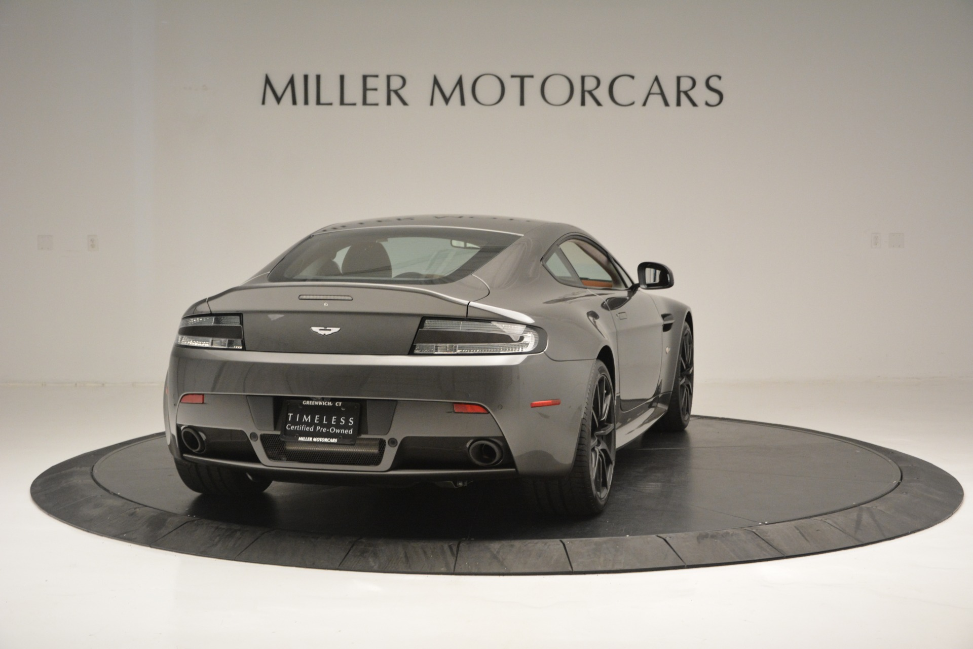 Used 2017 Aston Martin V12 Vantage S  For Sale In Westport, CT 2561_p7