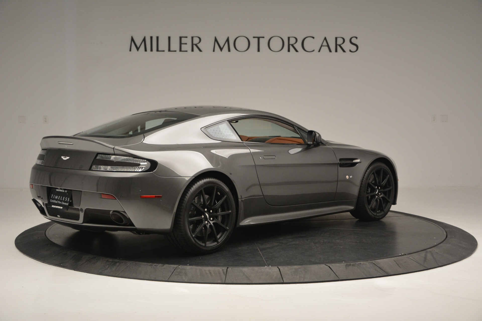 Used 2017 Aston Martin V12 Vantage S  For Sale In Westport, CT 2561_p8