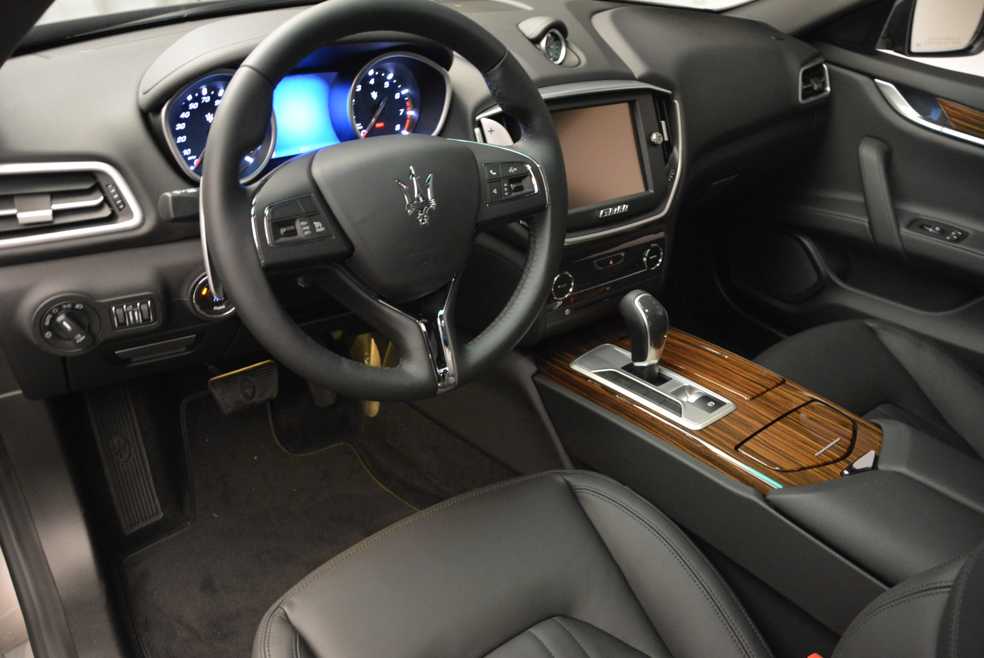 Used 2014 Maserati Ghibli S Q4 For Sale In Westport, CT 2562_p14