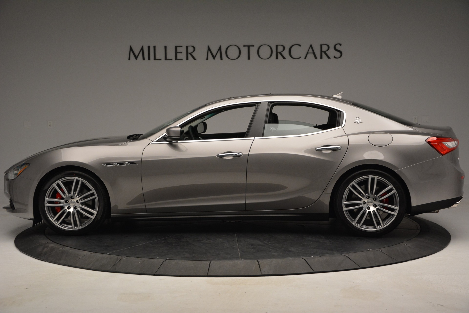 Used 2014 Maserati Ghibli S Q4 For Sale In Westport, CT 2562_p3