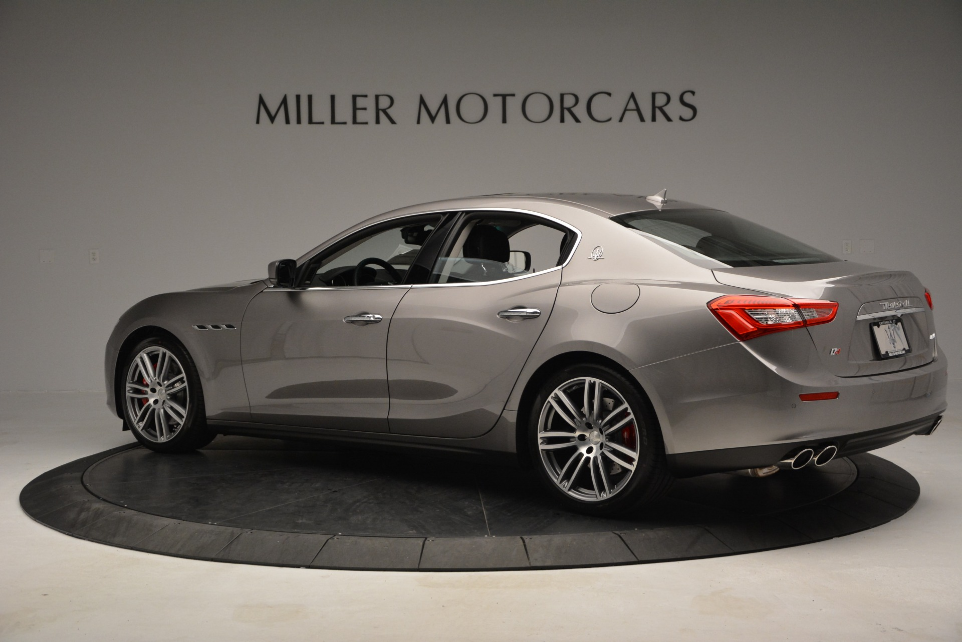 Used 2014 Maserati Ghibli S Q4 For Sale In Westport, CT 2562_p4
