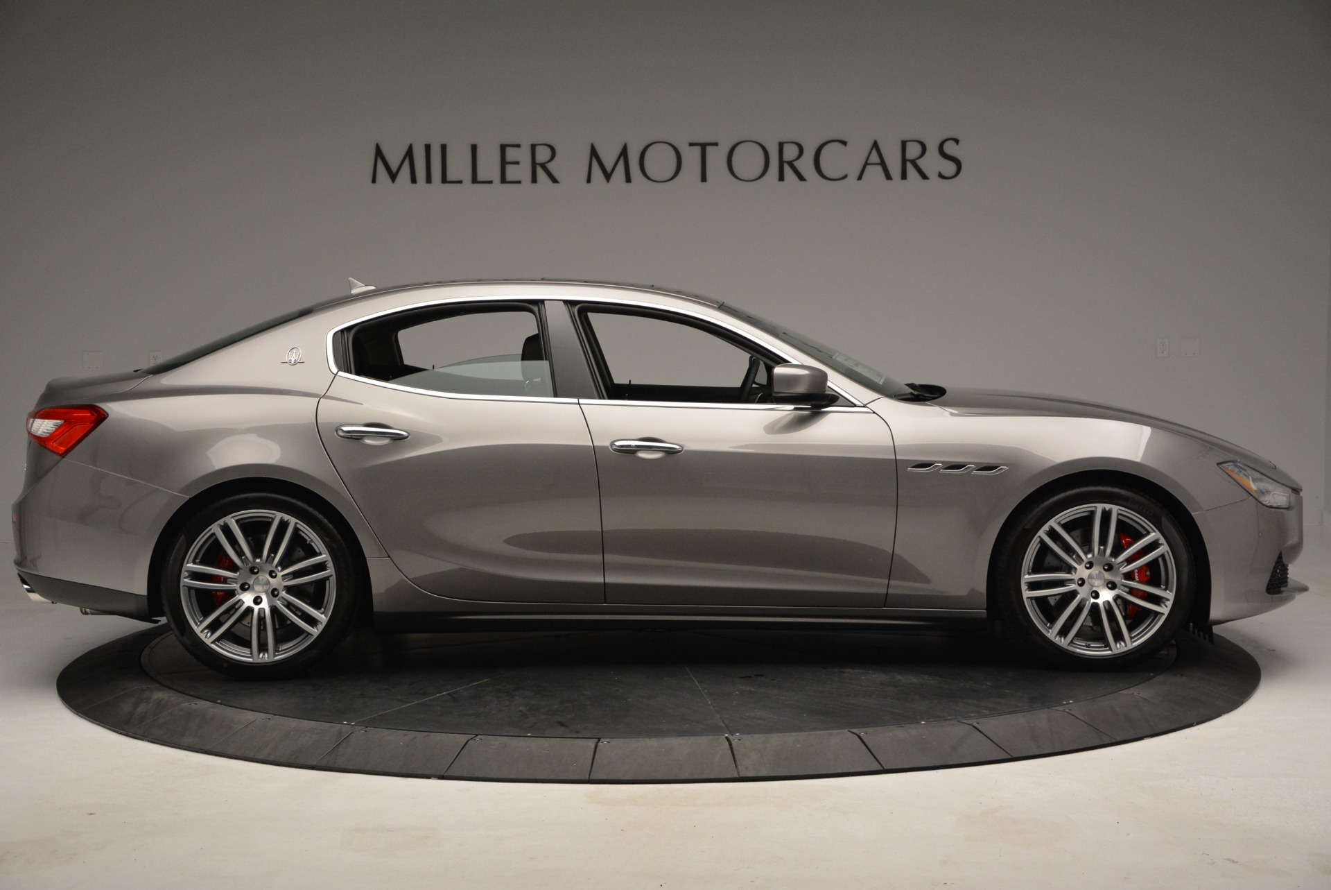 Used 2014 Maserati Ghibli S Q4 For Sale In Westport, CT 2562_p9
