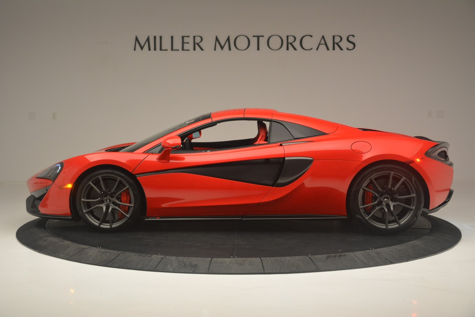 New 2019 McLaren 570S Spider Convertible For Sale In Westport, CT 2564_p15