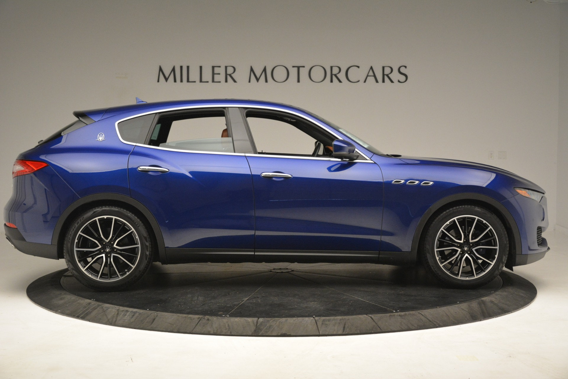 Used 2018 Maserati Levante Q4 For Sale In Westport, CT 2575_p9