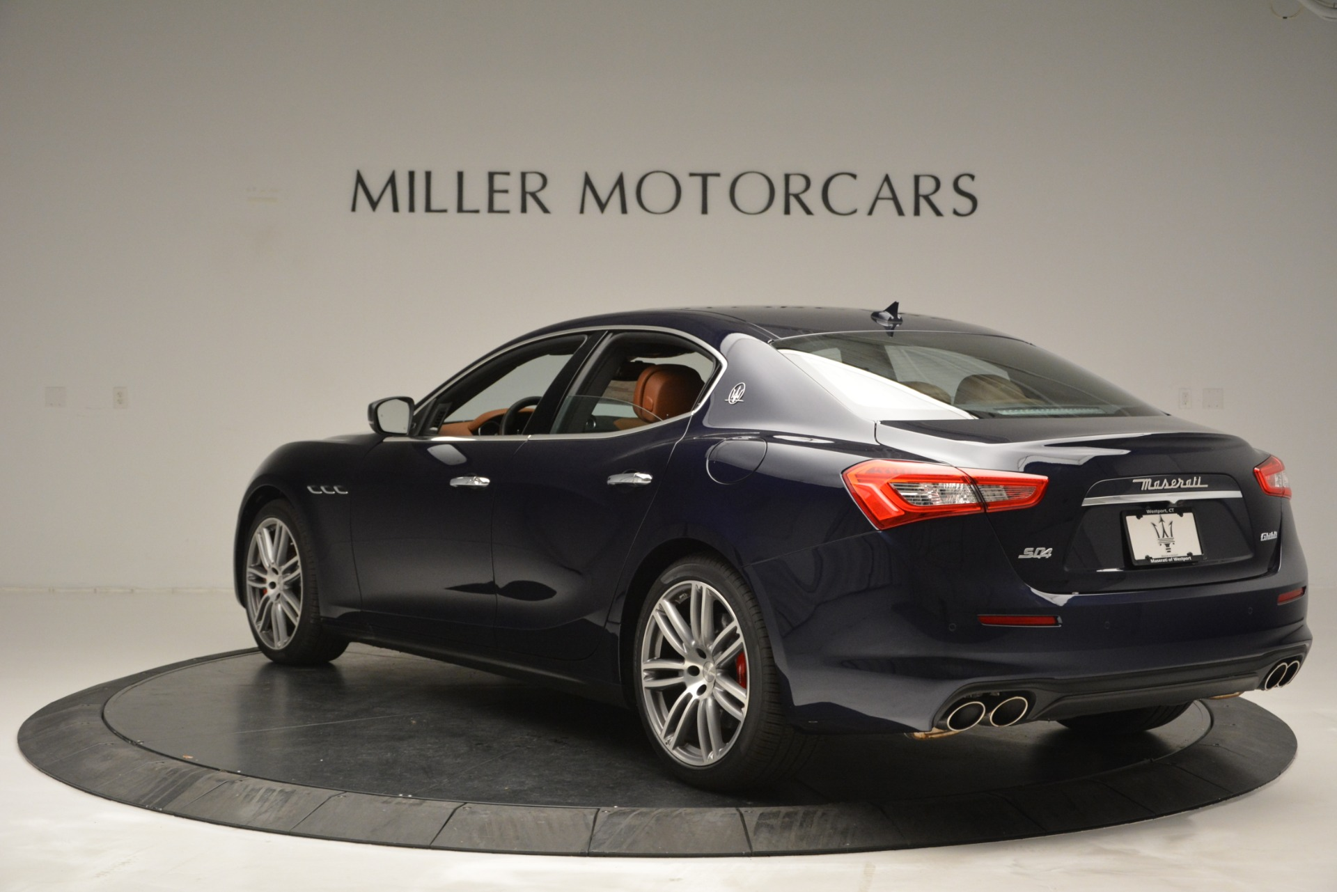 Used 2019 Maserati Ghibli S Q4 For Sale In Westport, CT 2585_p5