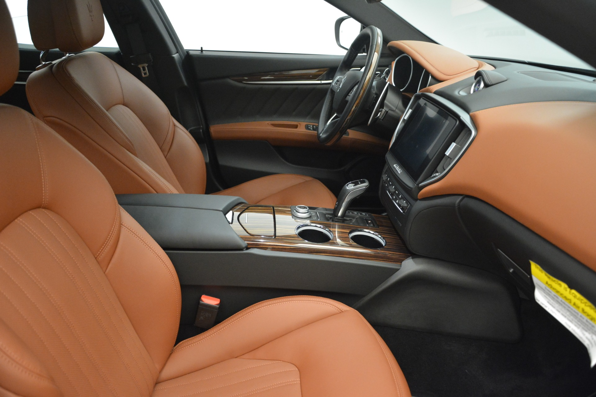New 2019 Maserati Ghibli S Q4 GranLusso For Sale In Westport, CT 2589_p21