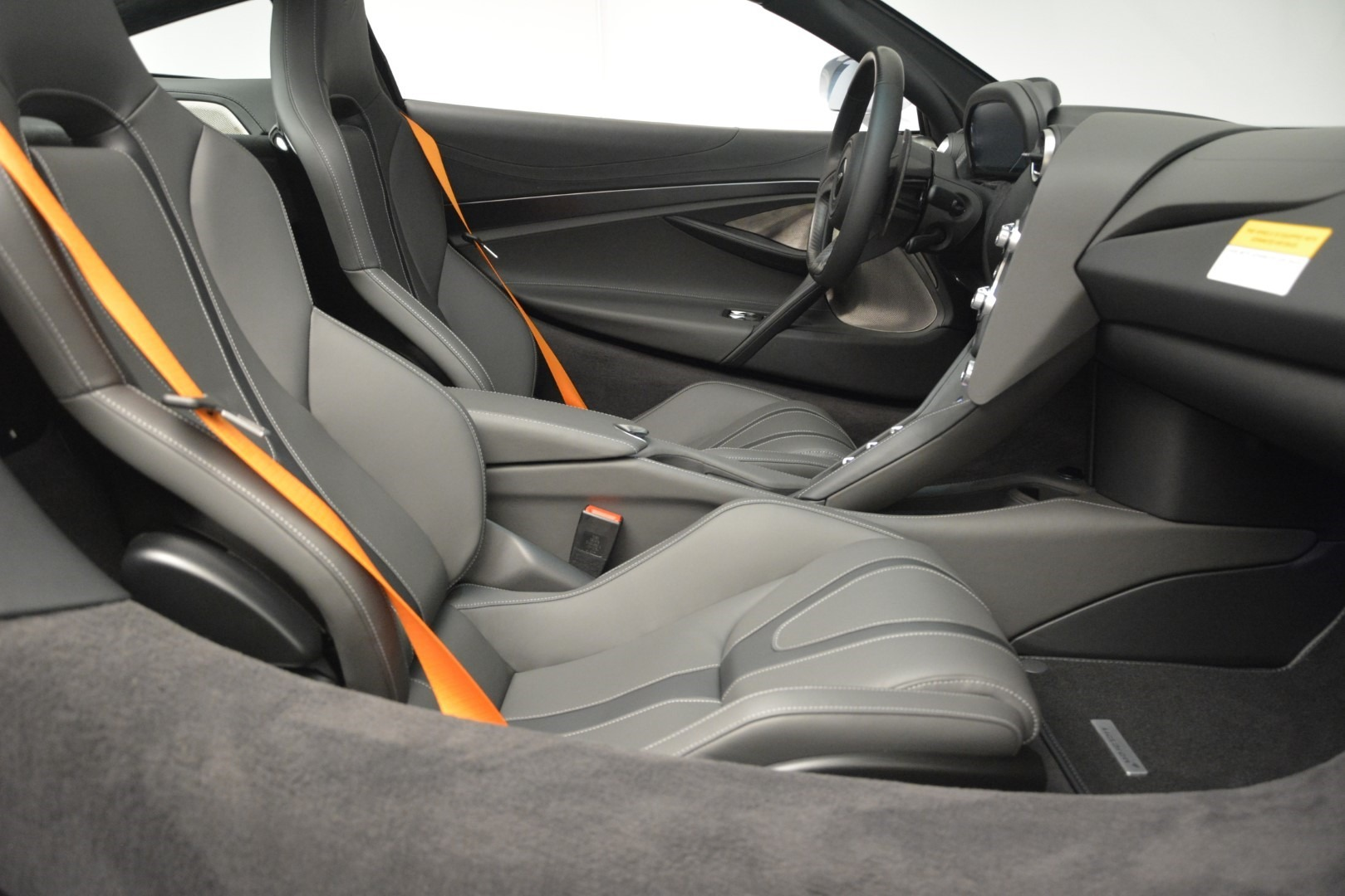 New 2019 McLaren 720S Coupe For Sale In Westport, CT 2592_p22