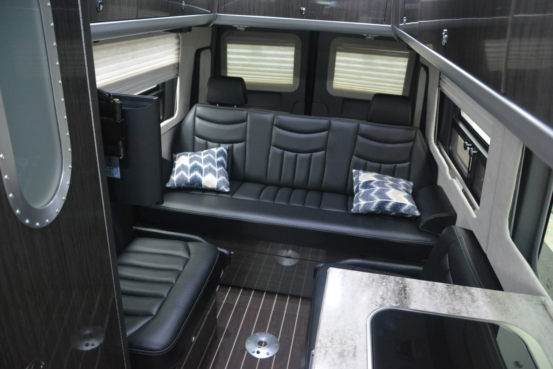 Used 2014 Mercedes-Benz Sprinter 3500 Airstream Lounge Extended For Sale In Westport, CT 2595_p15