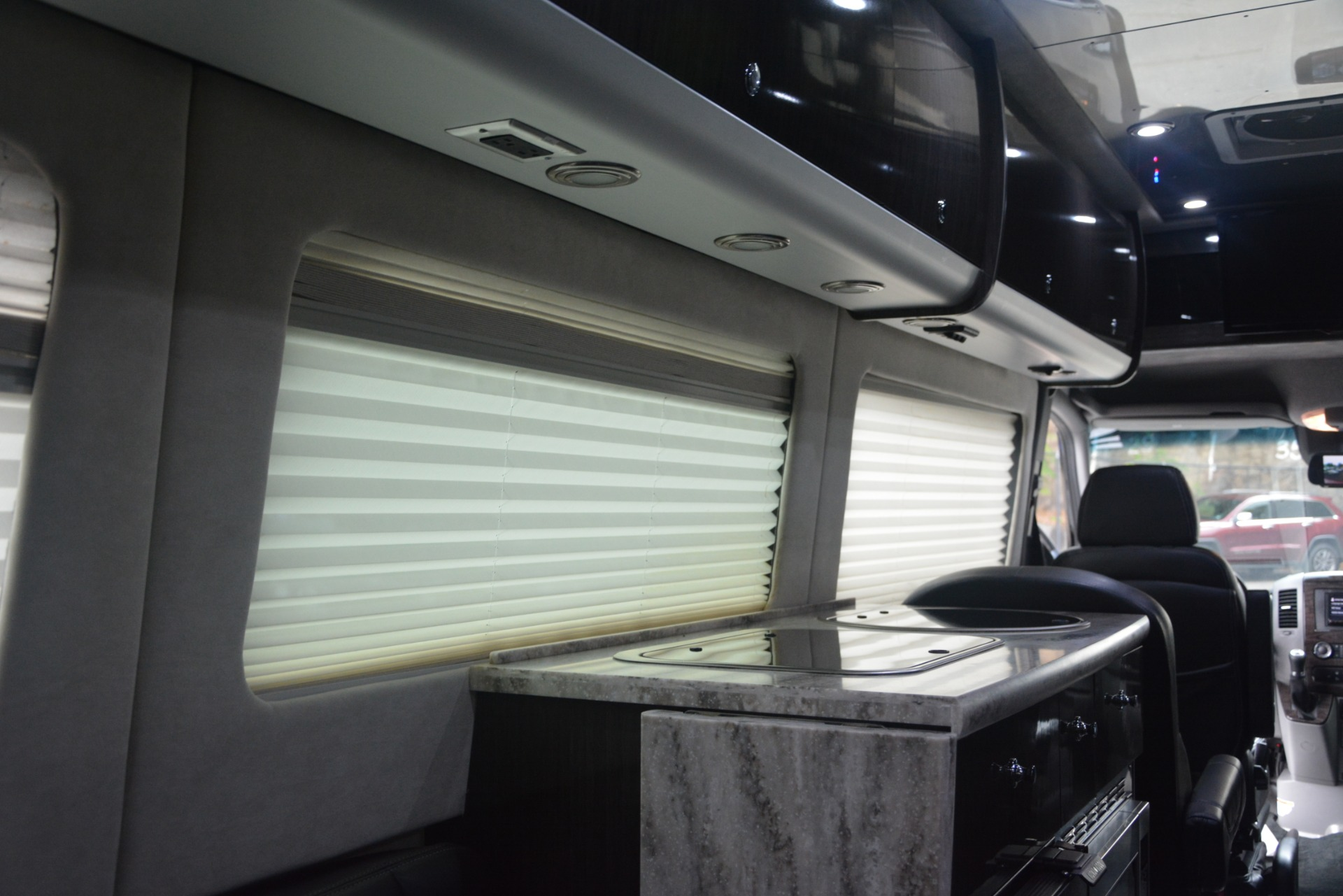 Used 2014 Mercedes-Benz Sprinter 3500 Airstream Lounge Extended For Sale In Westport, CT 2595_p24