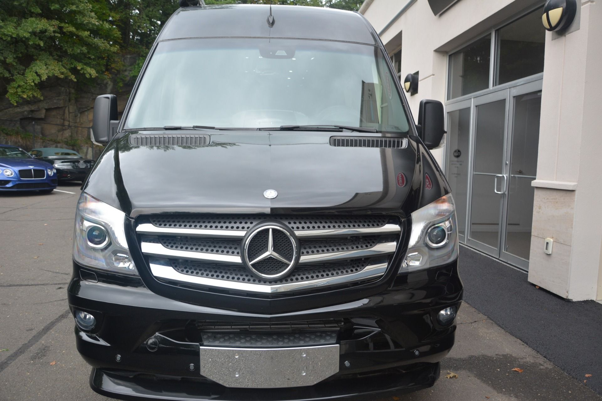 Used 2014 Mercedes-Benz Sprinter 3500 Airstream Lounge Extended For Sale In Westport, CT 2595_p5