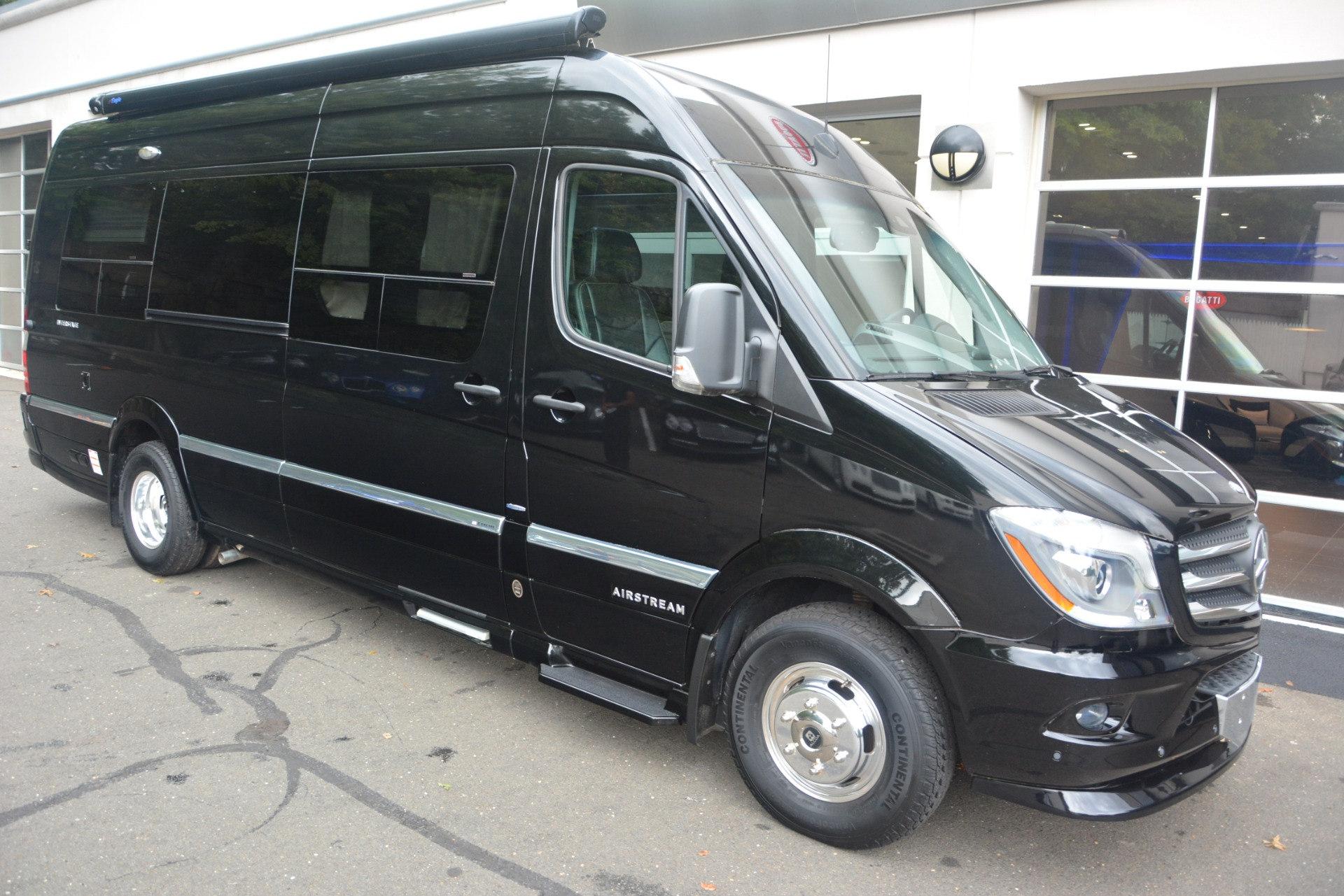 Used 2014 Mercedes-Benz Sprinter 3500 Airstream Lounge Extended For Sale In Westport, CT 2595_p8