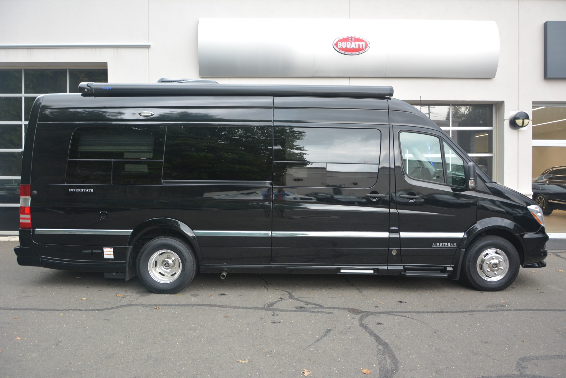 Used 2014 Mercedes-Benz Sprinter 3500 Airstream Lounge Extended For Sale In Westport, CT 2595_p9