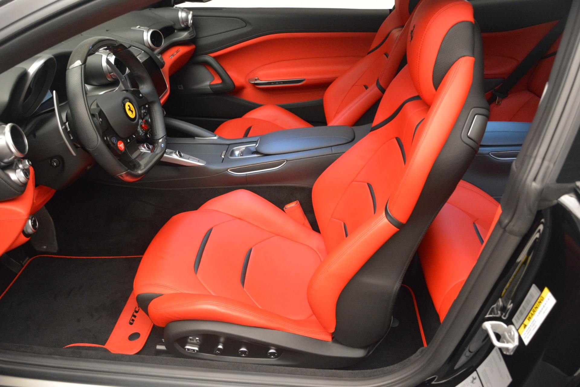 Used 2018 Ferrari GTC4Lusso T  For Sale In Westport, CT 2598_p15