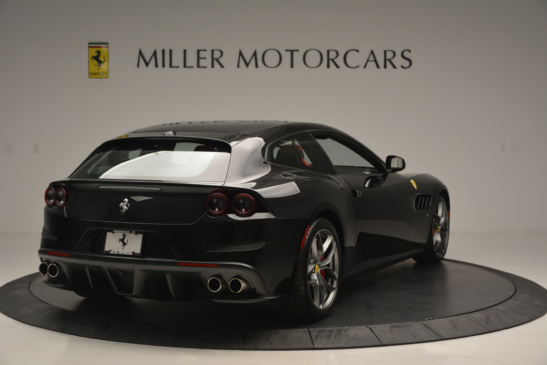 Used 2018 Ferrari GTC4Lusso T  For Sale In Westport, CT 2598_p7