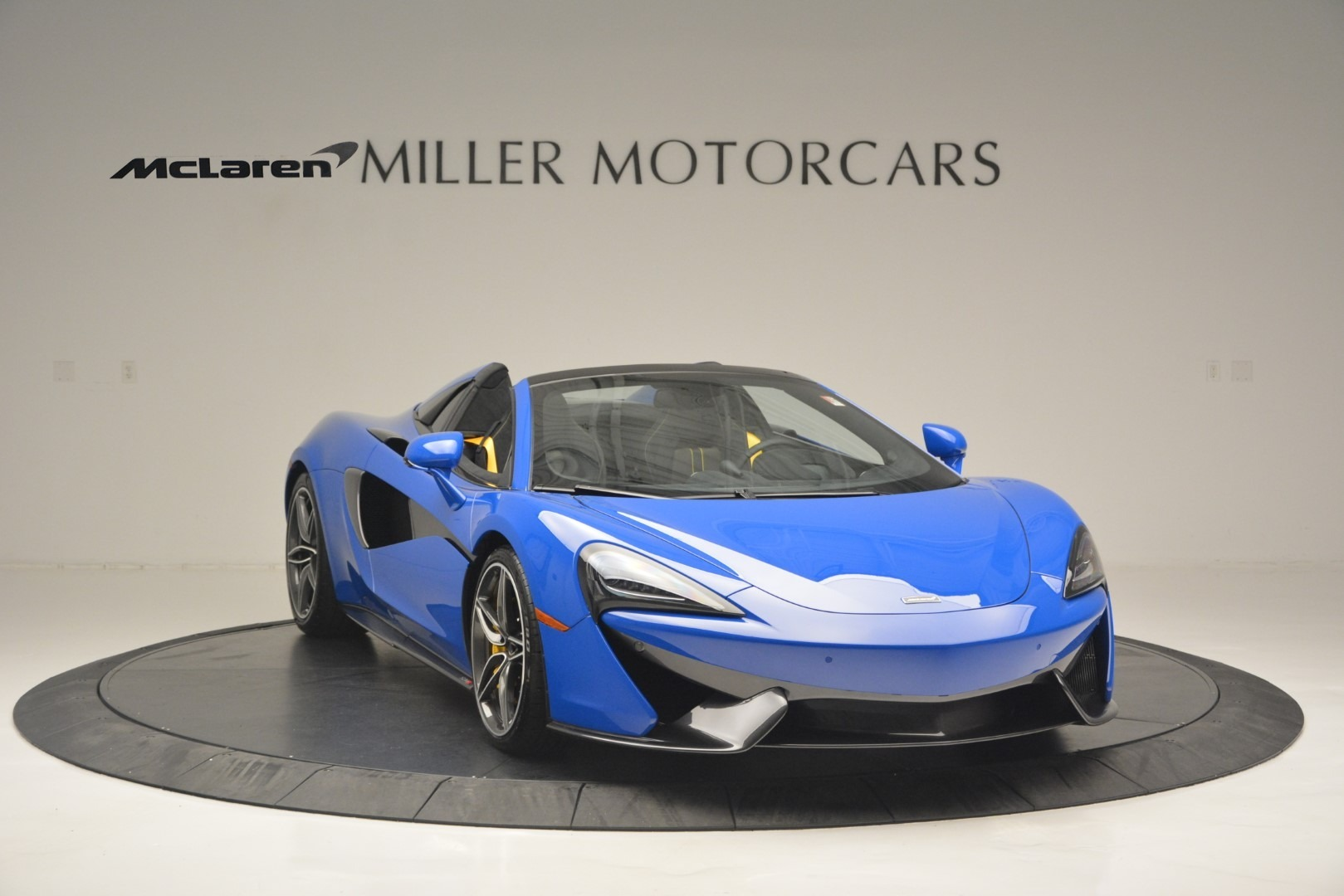 New 2019 McLaren 570S Spider Convertible For Sale In Westport, CT 2599_p11