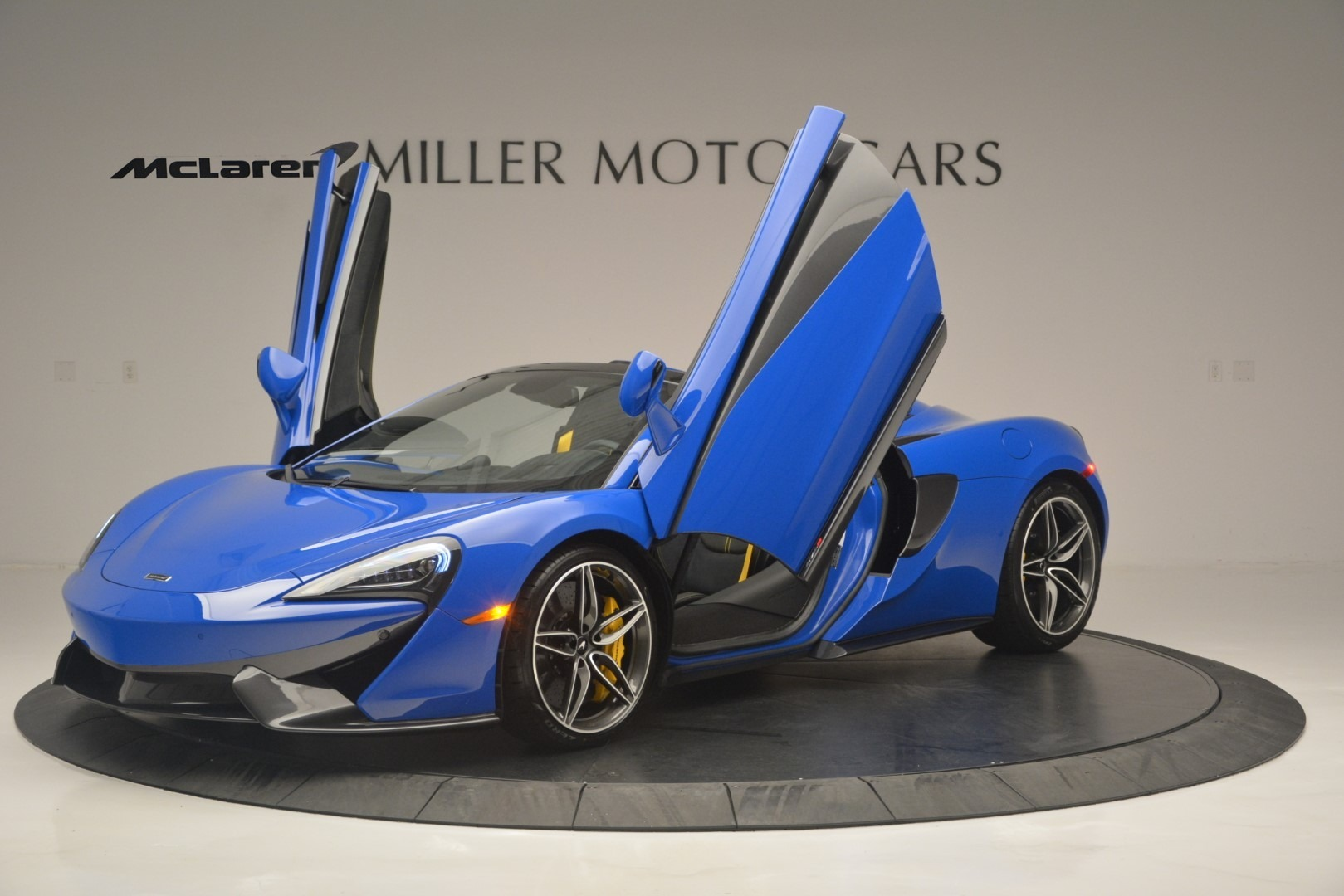 New 2019 McLaren 570S Spider Convertible For Sale In Westport, CT 2599_p14