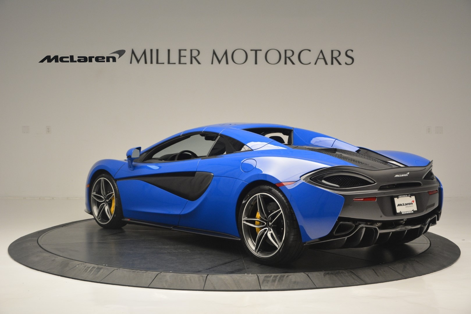 New 2019 McLaren 570S Spider Convertible For Sale In Westport, CT 2599_p17