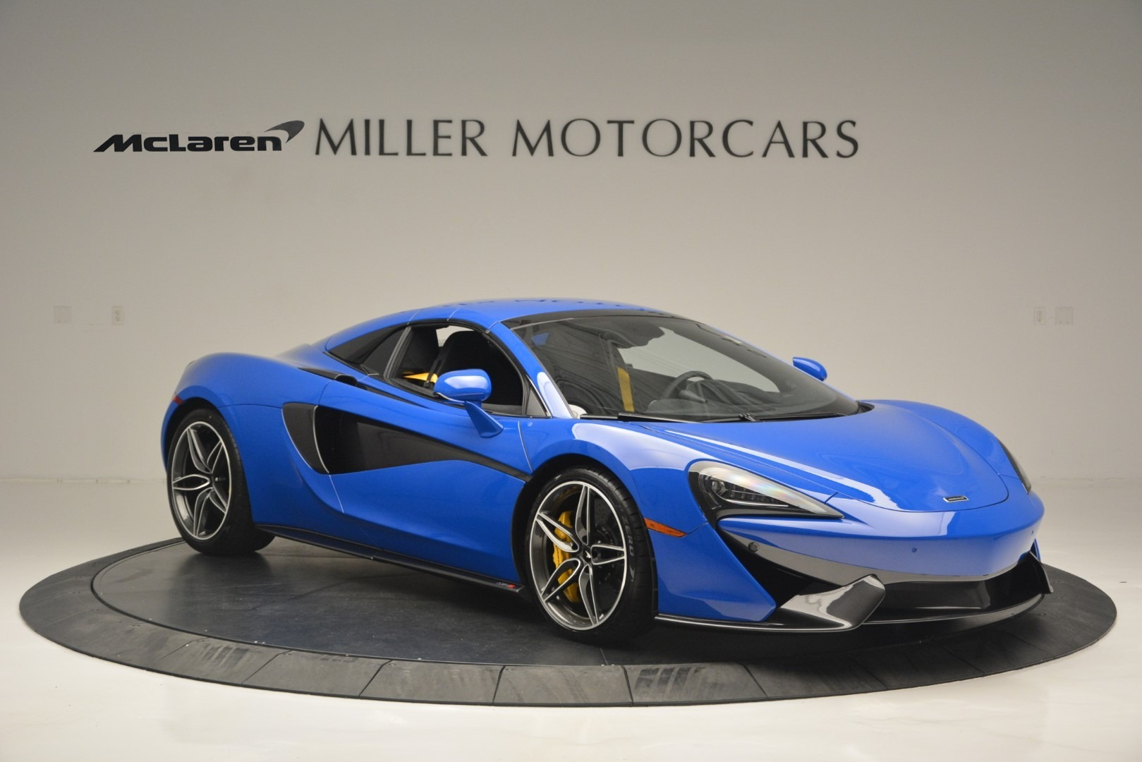 New 2019 McLaren 570S Spider Convertible For Sale In Westport, CT 2599_p21